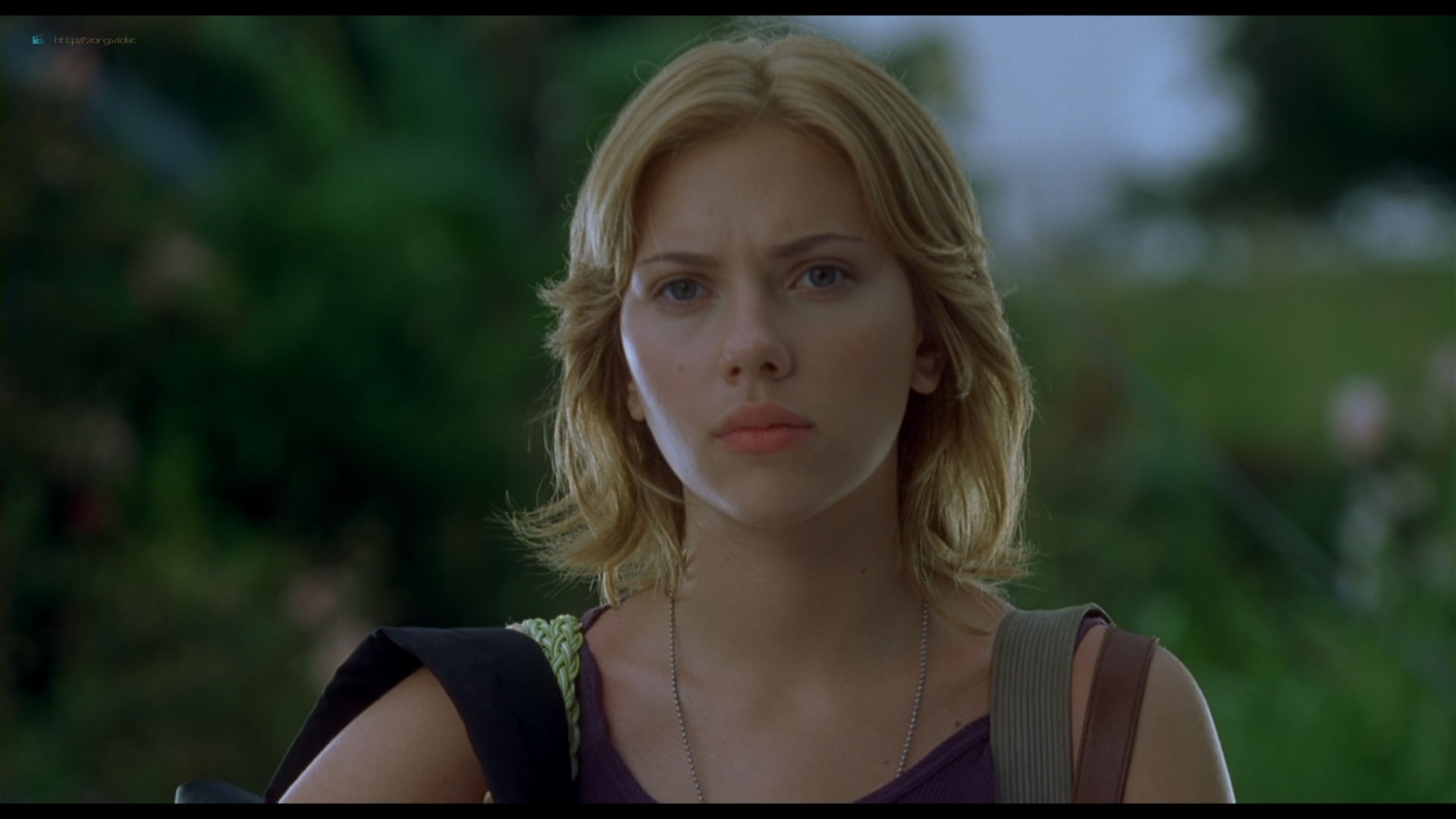 Scarlett Johansson sexy side boob - A Love Song for Bobby Long (2004) HD 1080p BluRay (12)