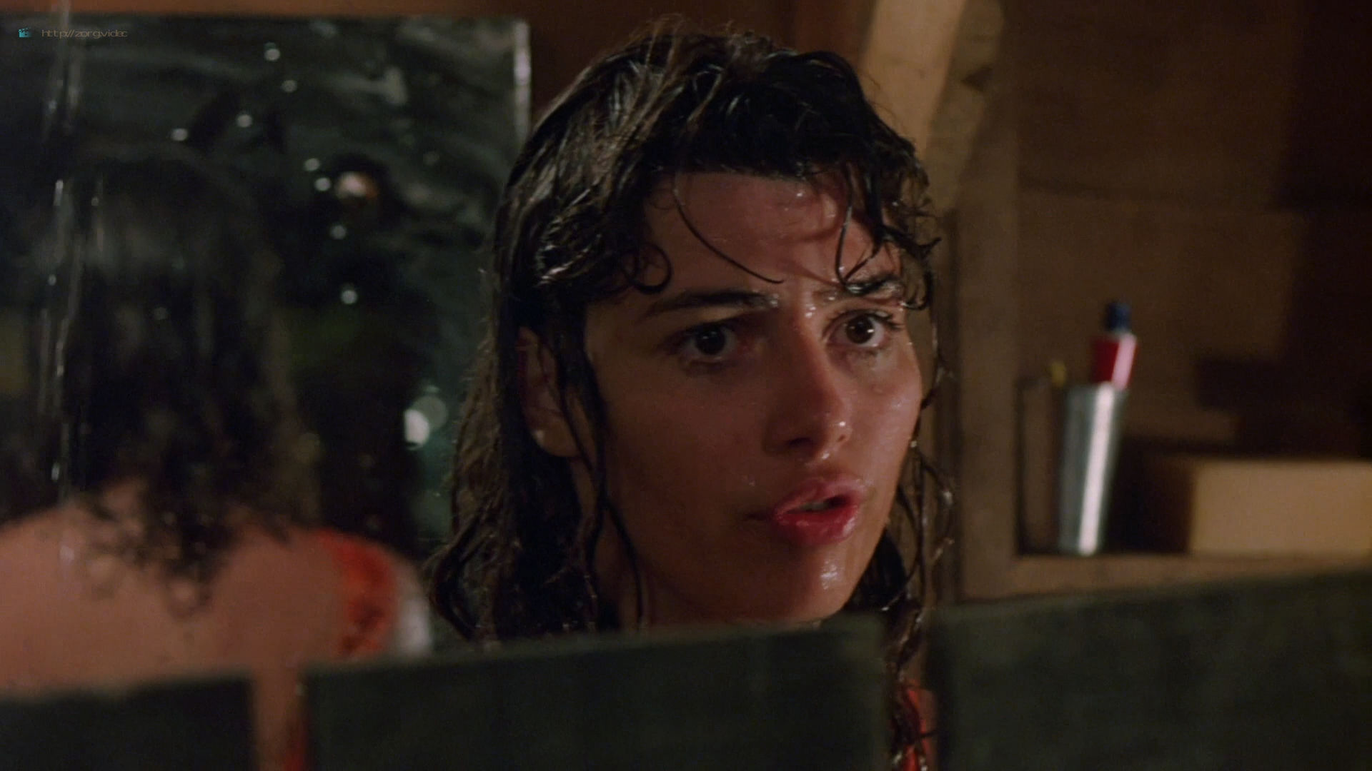 Valentina Forte nude bush sex and hot in the shower - Cut and Run (1985) HD 1080p BluRay (3)