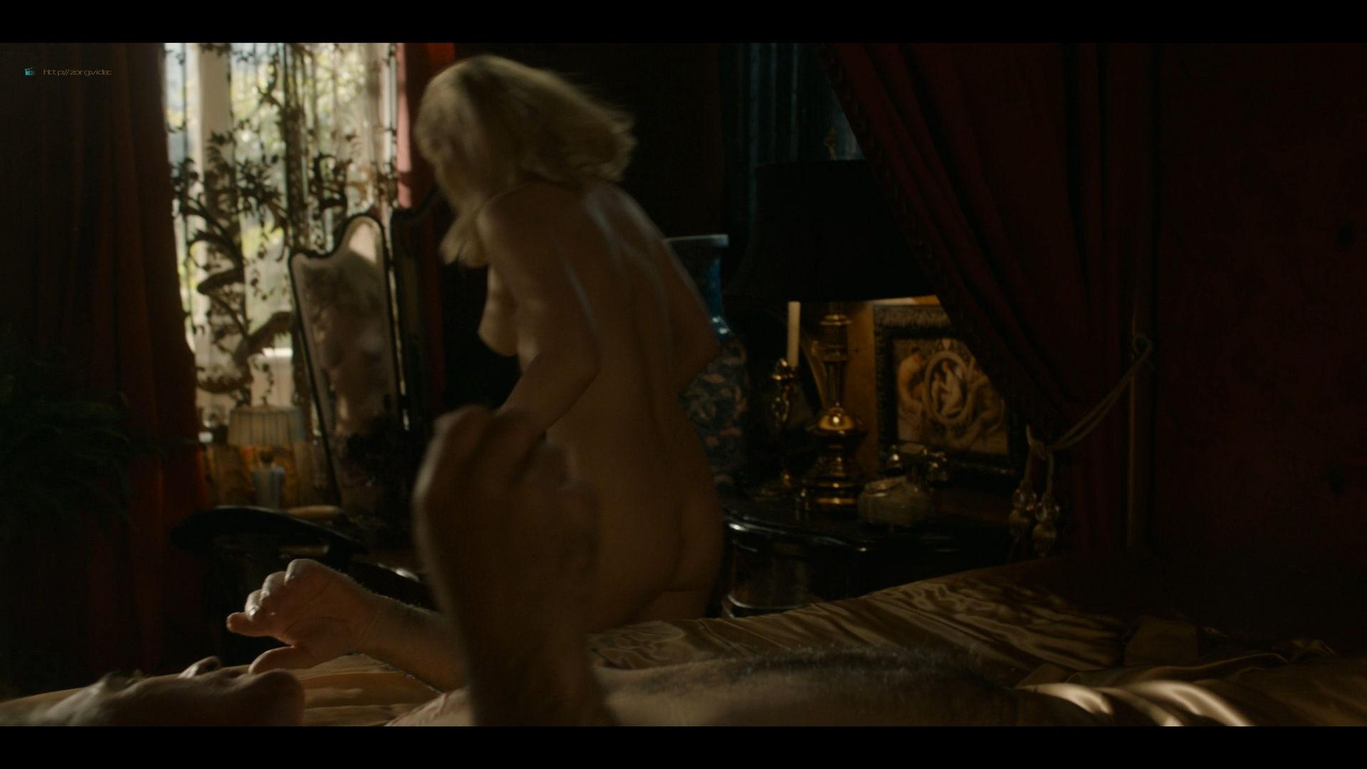Bella Heathcote nude topless and butt Veronica Osorio nude - Strange Angel - (2019) s2e5 HD 1080p (7)