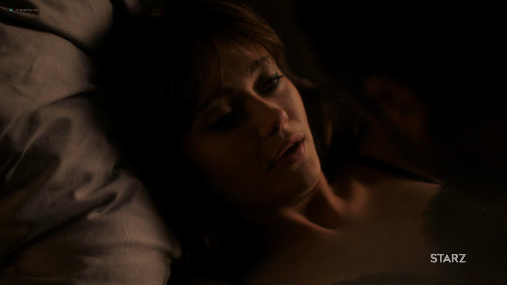 Ella Purnell hot and sex - Sweetbitter (2019) s2e4 HD 1080 Web (5)