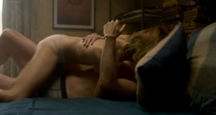 Emma Greenwell nude sideboob and hot sex - The Rook (2019) s1e4 HD 1080p Web (7)