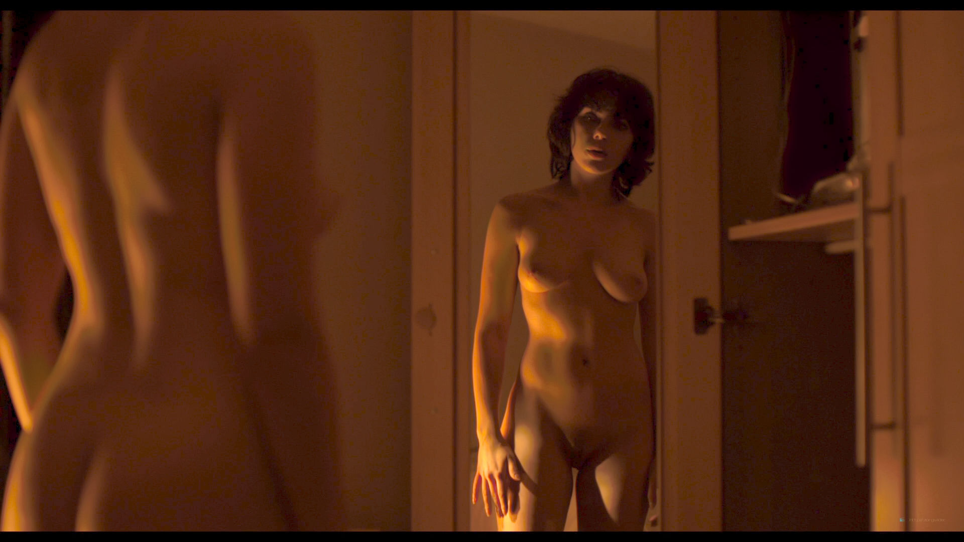 Scarlett Johansson nude full frontal and Lynsey Taylor Mackay nude bush - Under the Skin (2013) 1080p BluRay(r) (7)