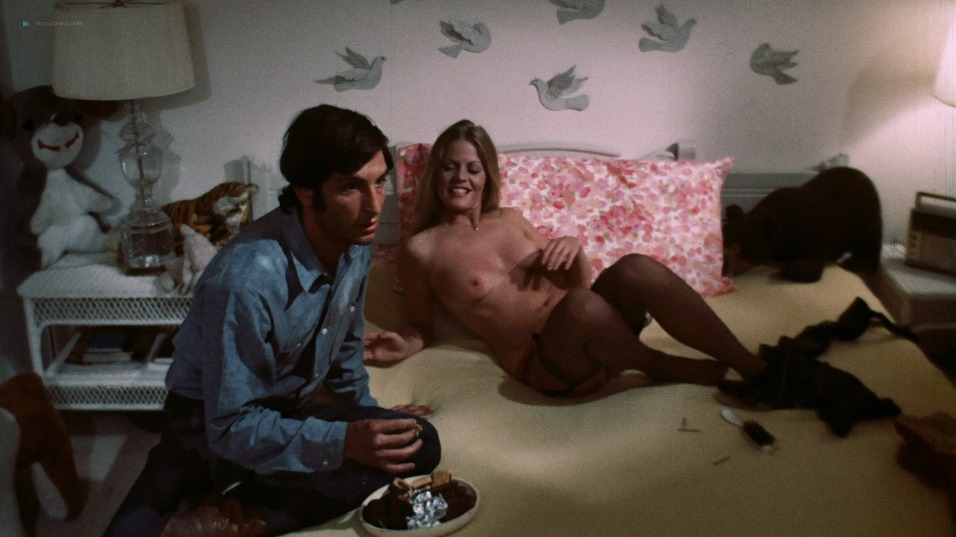 Candice Rialson nude topless and sex - Pets (1974) HD 1080p BluRay (6)