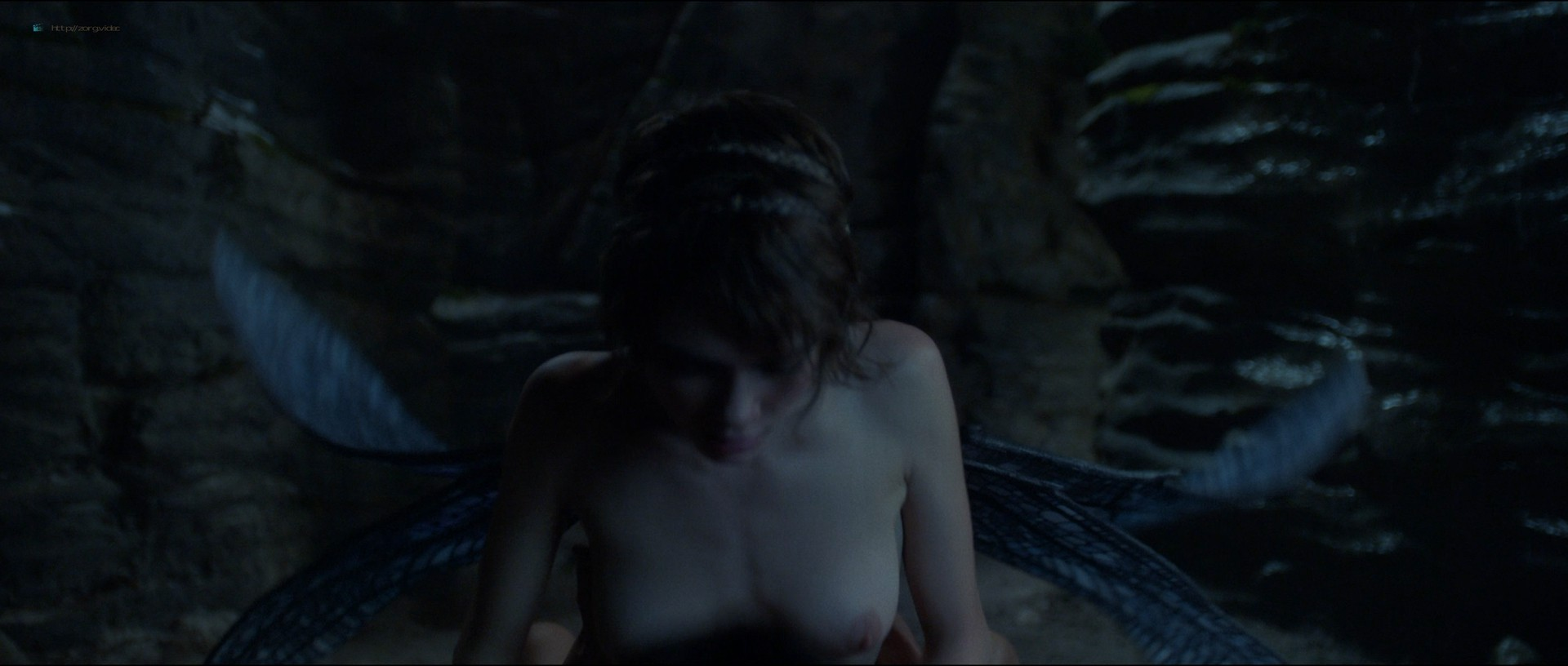 Cara Delevingne nude topless and hot sex Karla Crome sexy - Carnival Row (2019) s1e2-3 HD 1080p (9)