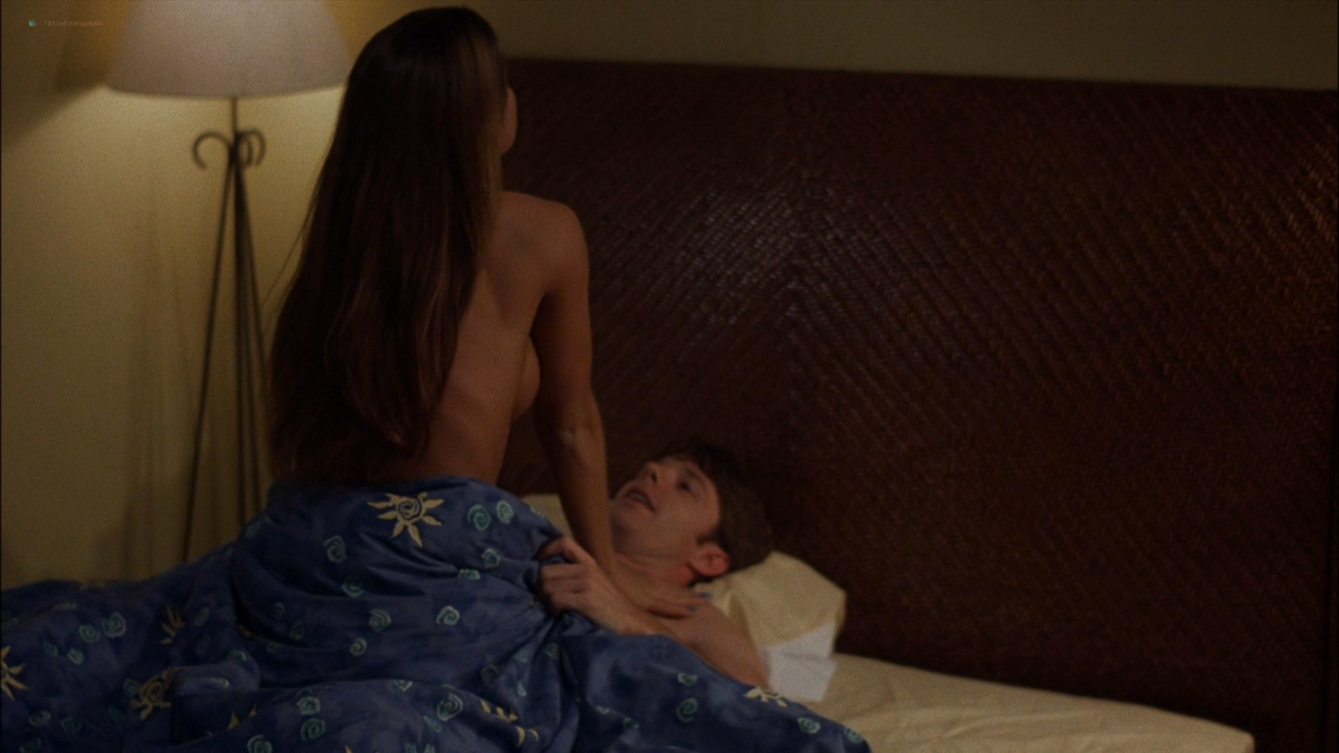 Carmen Electra sexy in a few hot sex scenes - The Mating Habits of the Earthbound Human (1999) HD 1080p WEB (8)