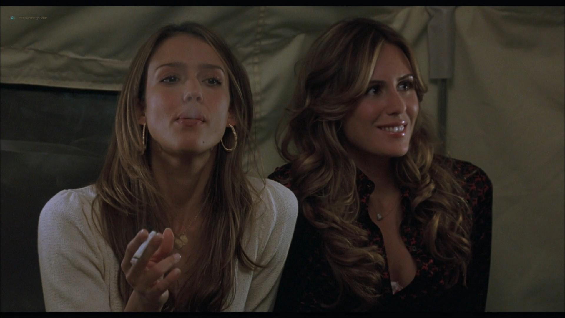 Elizabeth Banks hot in lingerie Jessica Alba and Sarah Howard hot - Meet Bill (2007) HD 1080p BluRay (7)
