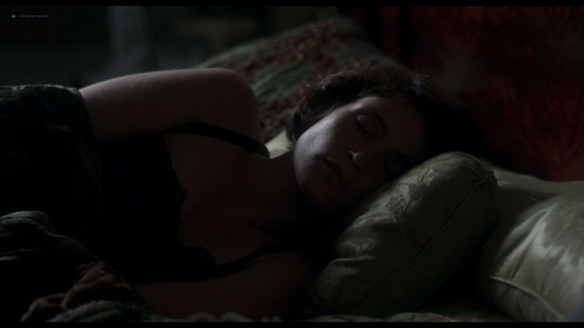 Elizabeth Debicki nude and Gemma Arterton lesbian sex - Vita & Virginia (2018) HD 1080p Web (4)