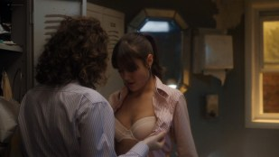 Ella Purnell hot and Sadie Scott sexy lingerie - Sweetbitter (2019) s2e5 HD 1080p