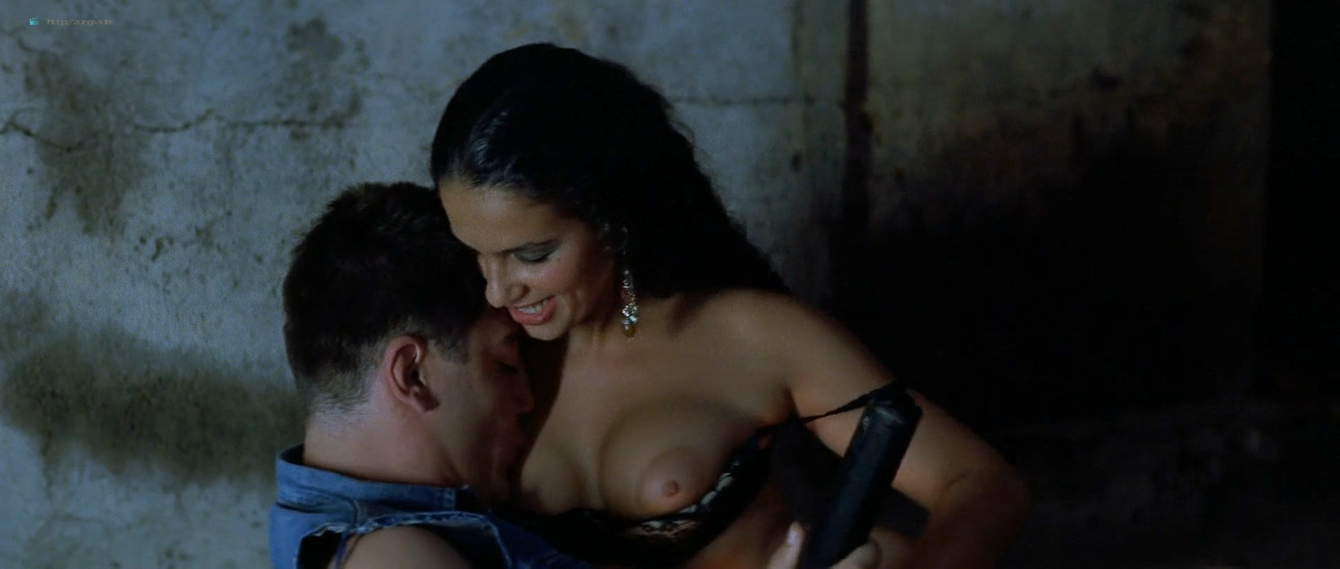 Maribel Verdú nude full frontal Maria de Medeiros and others nude - Huevos de oro (ES-1993) HD 1080p BluRay (20)