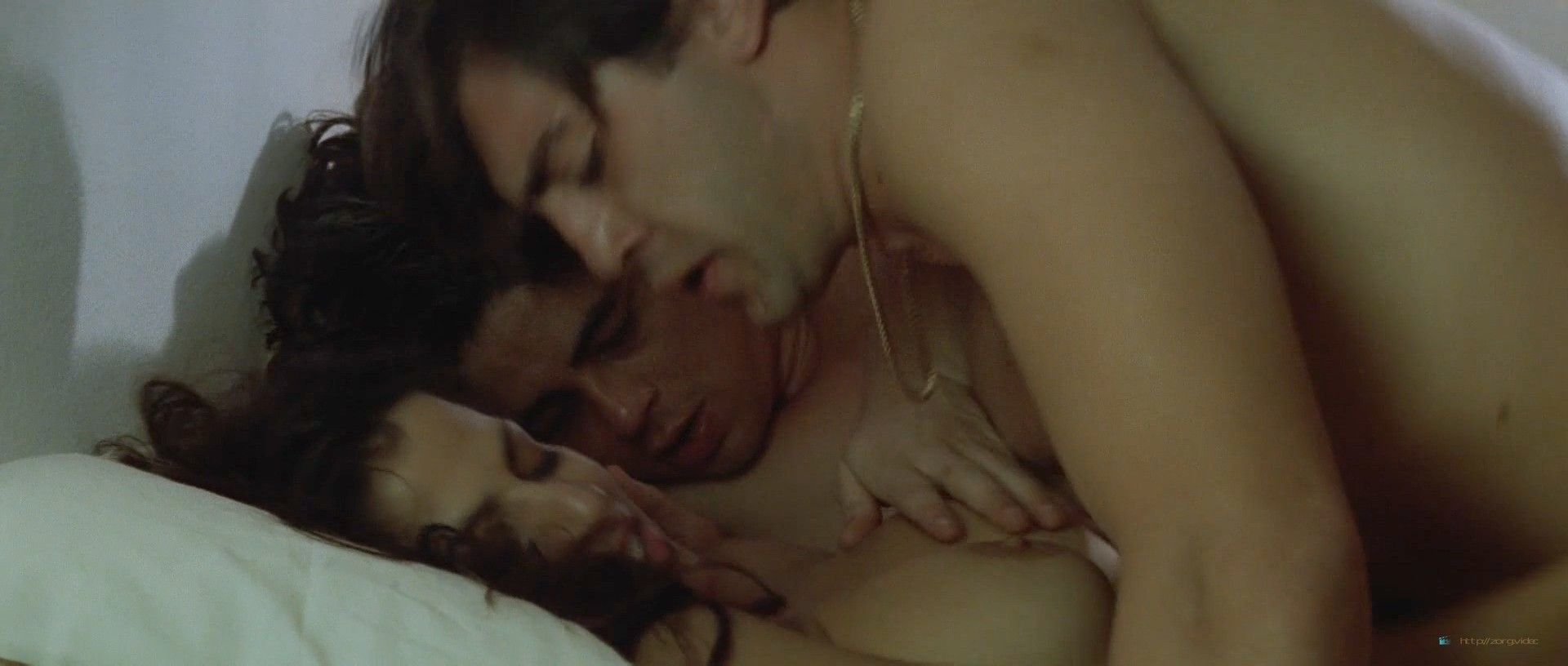 Maribel Verdú nude full frontal Maria de Medeiros and others nude - Huevos de oro (ES-1993) HD 1080p BluRay (3)