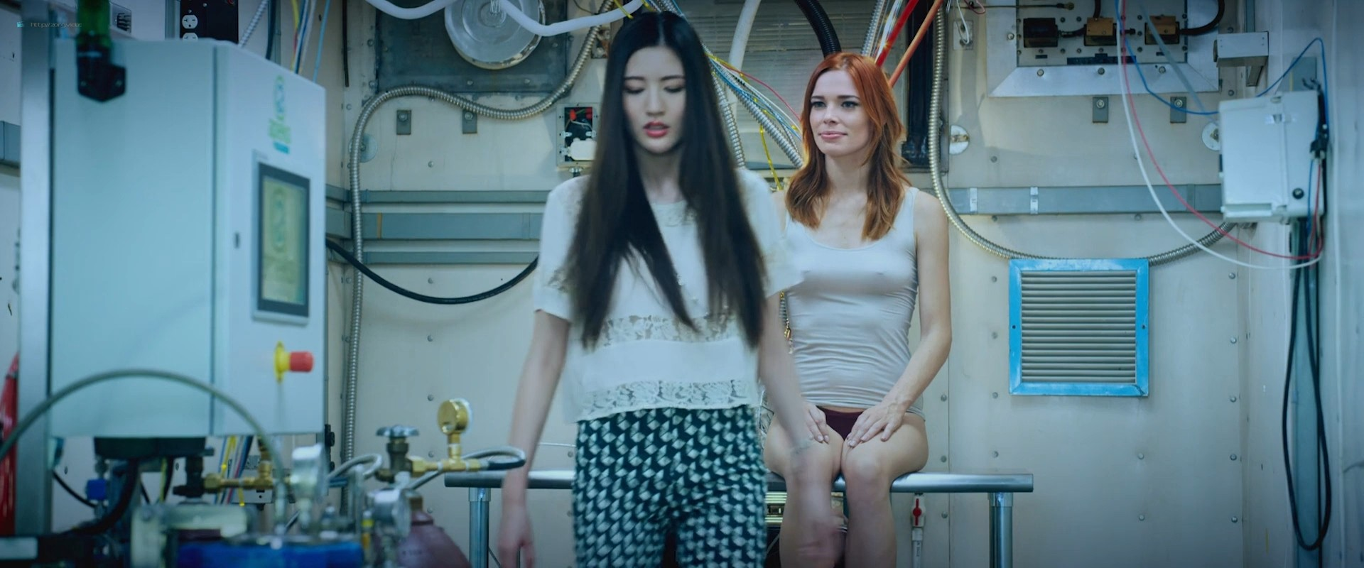 Chloe Dykstra nude topless and hot Ana Foxx and others hot - Diminuendo (2018) HD 1080p Web (11)