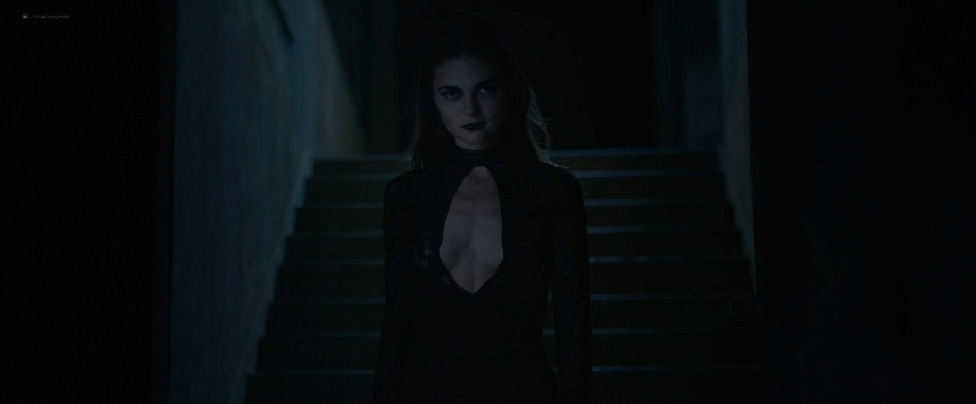 Jenny Boyd nude topless - Hex (2018) HD 1080p Web (6)