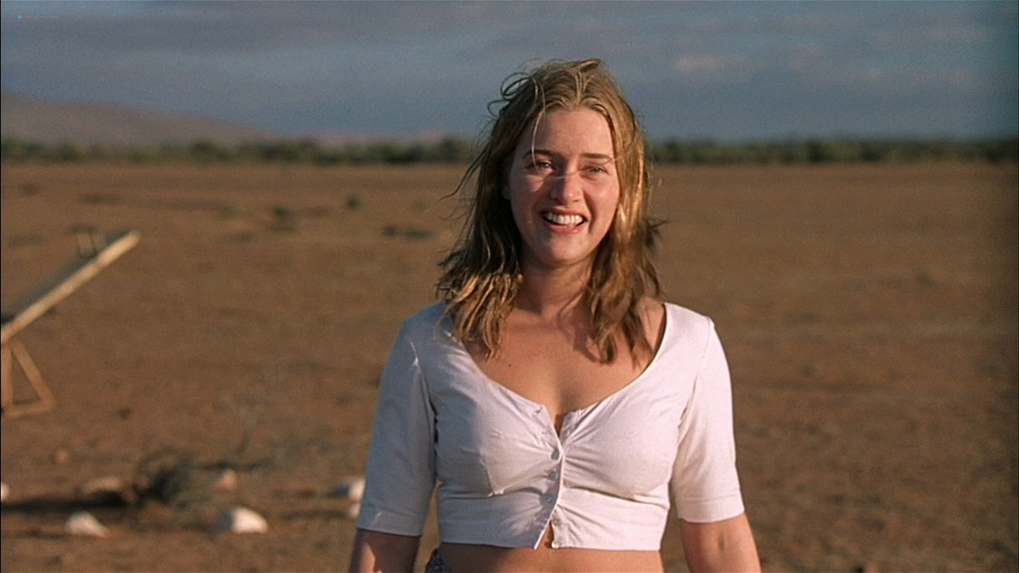 Kate Winslet naked and full frontal nude Sophie Lee sexy - Holy Smoke (1999) HD 1080p WEb (19)