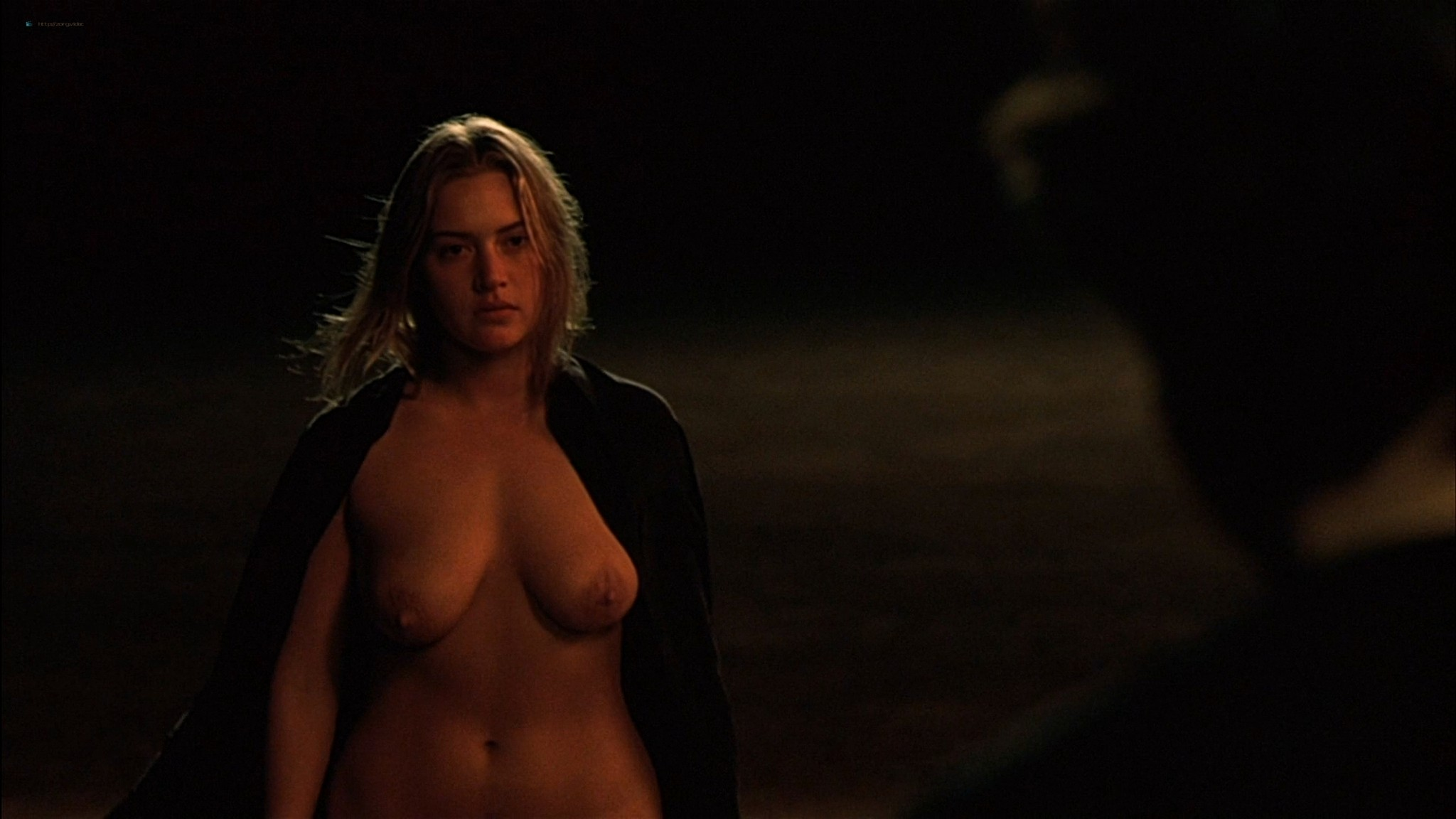 Kate Winslet naked and full frontal nude Sophie Lee sexy - Holy Smoke (1999) HD 1080p WEb (12)