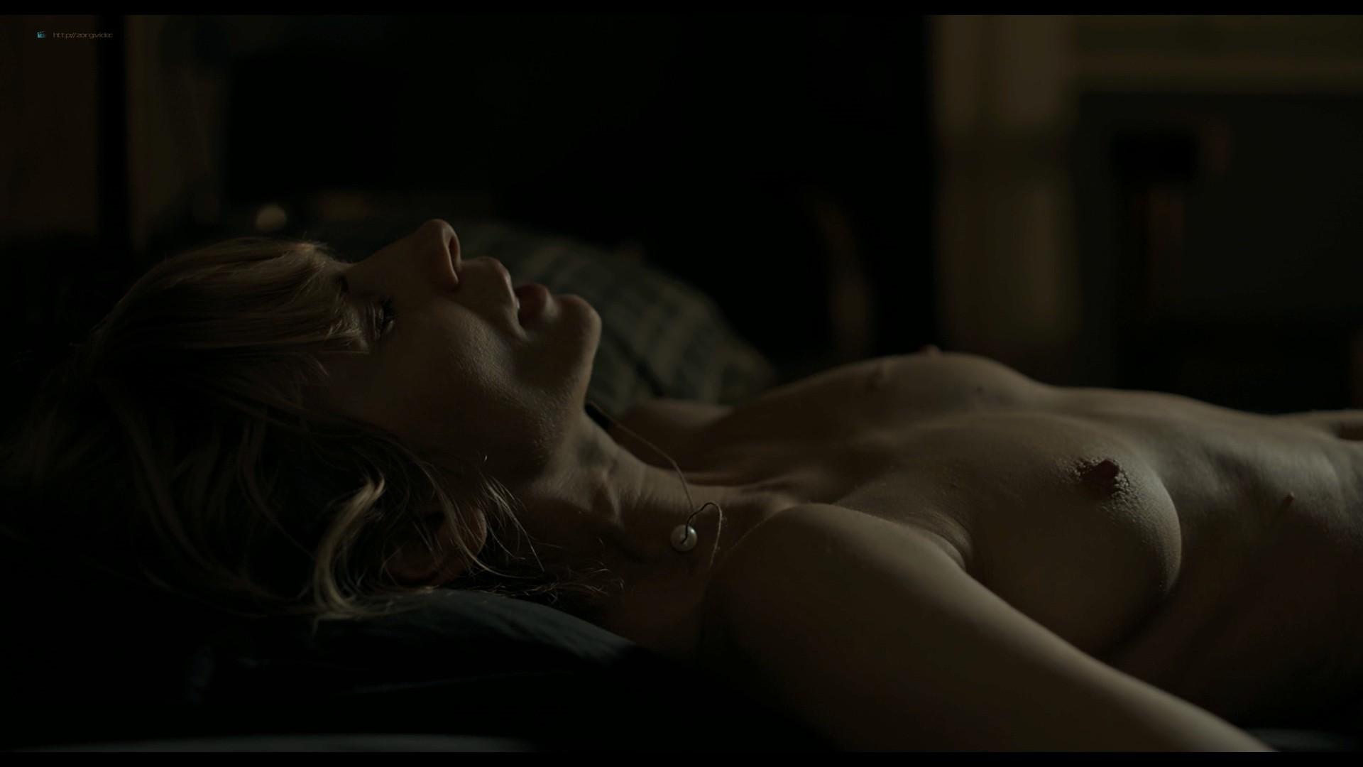 Magdalena Cielecka nude sex Roma Gasiorowska nude too - Dark, Almost Night (PL-2019) HD 1080p BluRay (2)