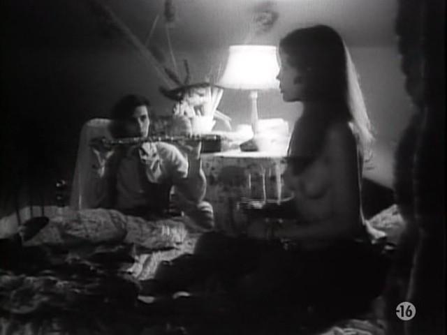 Carole Laure nude and explicit sex - L'ange et la Femme (1977) (14)