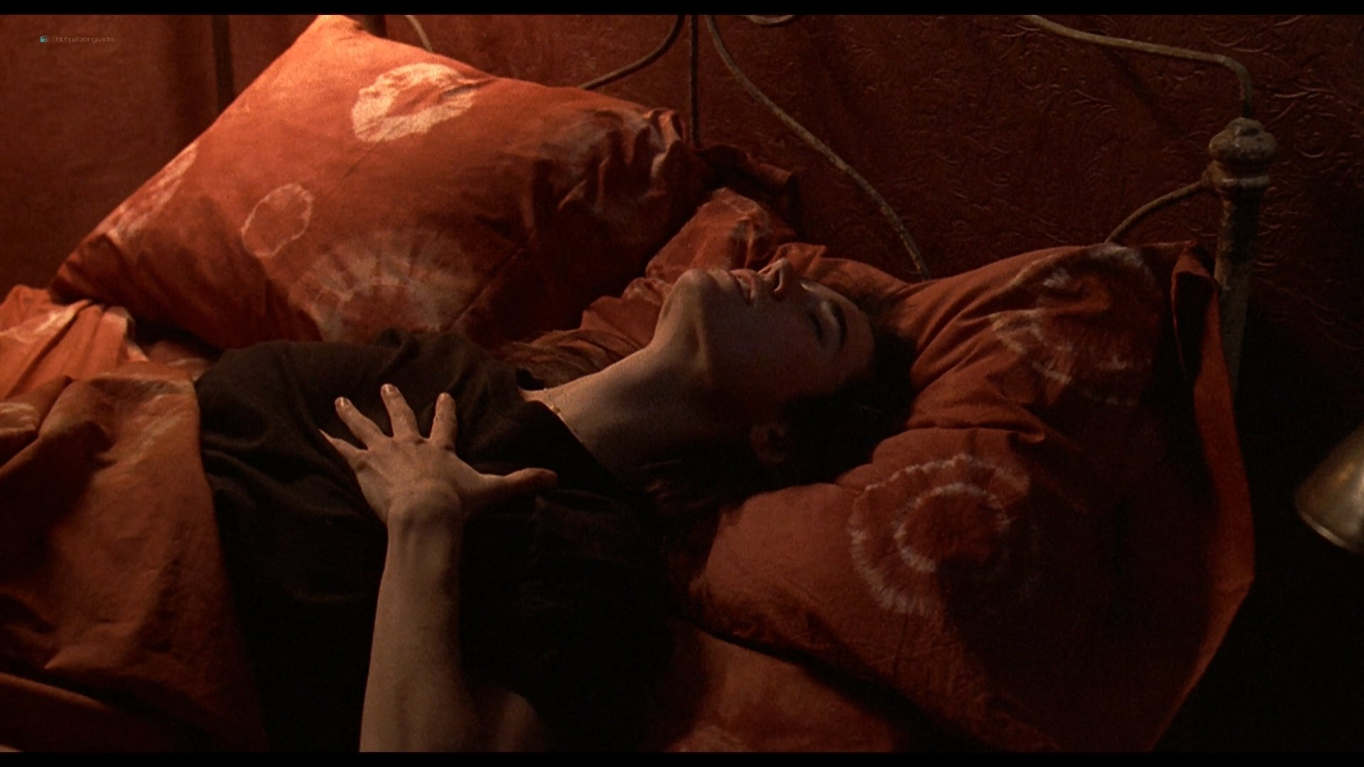 Jennifer Connelly nude side boob sex in – Waking the Dead (2000) HD 1080p BluRay (13)