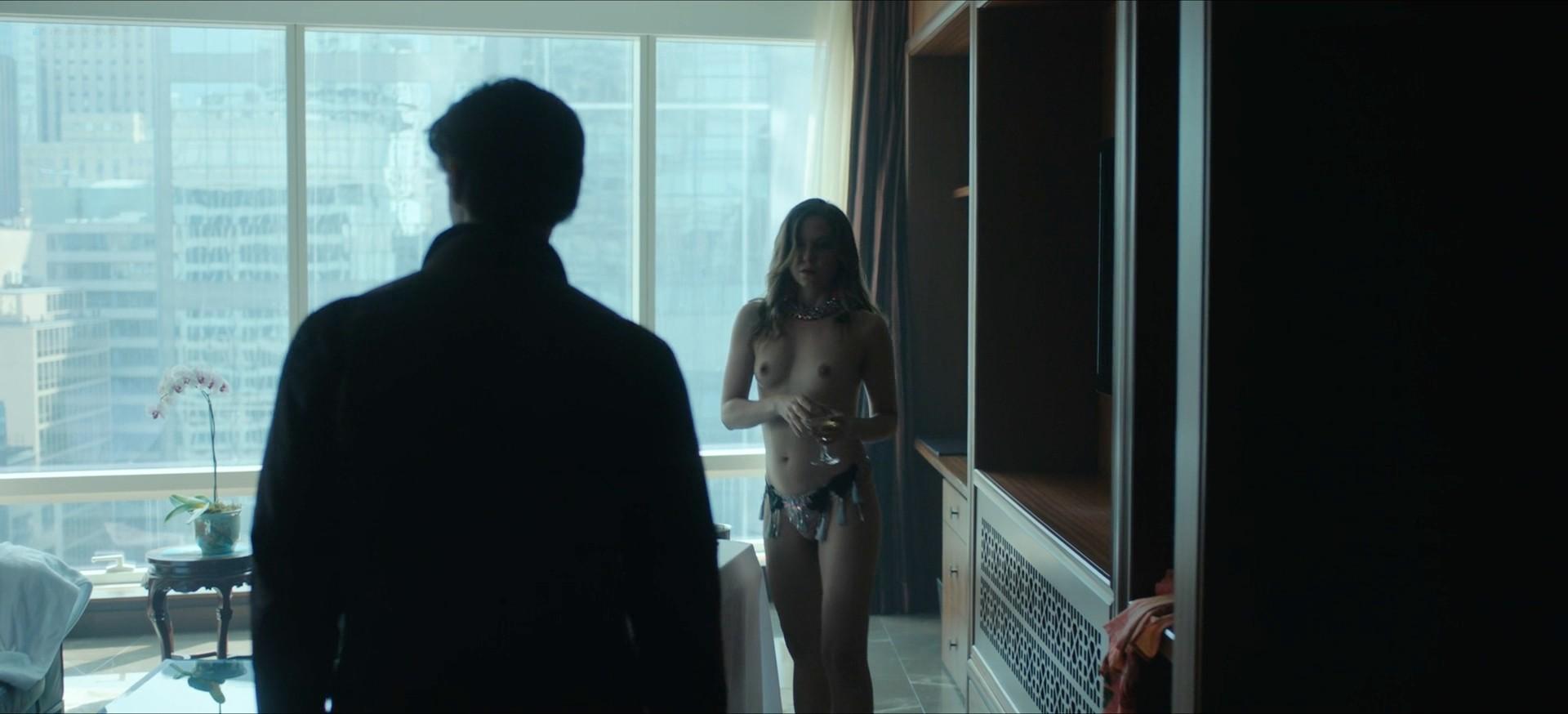 Jennifer Krukowski nude topless Devoshia Cooper nude too - Titans (2019) s2e7 1080p (8)