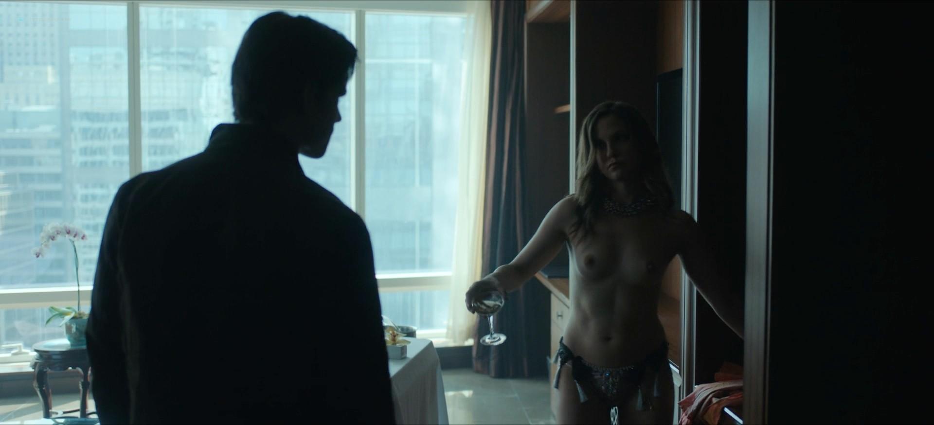 Jennifer Krukowski nude topless Devoshia Cooper nude too - Titans (2019) s2e7 1080p (7)