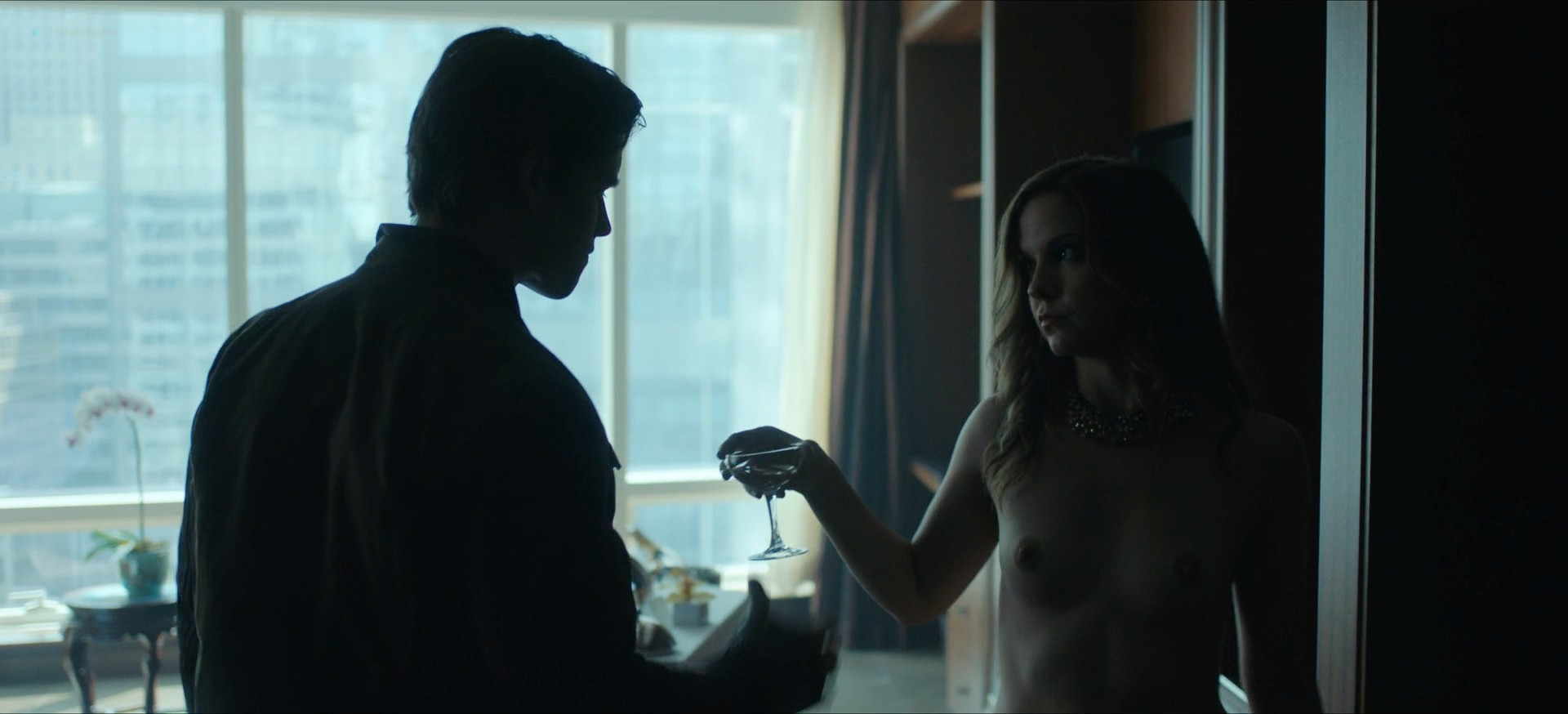 Jennifer Krukowski nude topless Devoshia Cooper nude too - Titans (2019) s2e7 1080p (6)