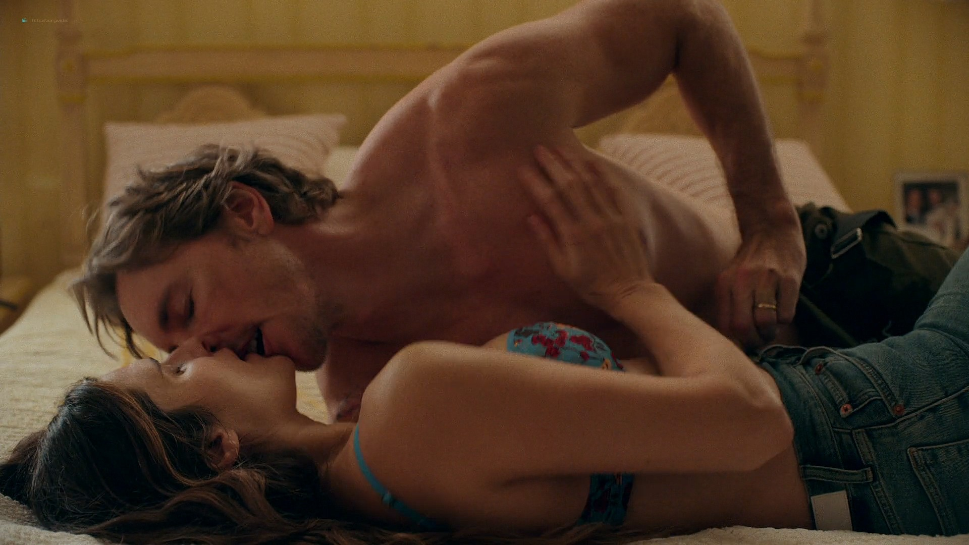 Lake Bell hot busty and some sex - Bless This Mess (2019) s2e2 1080p (12)
