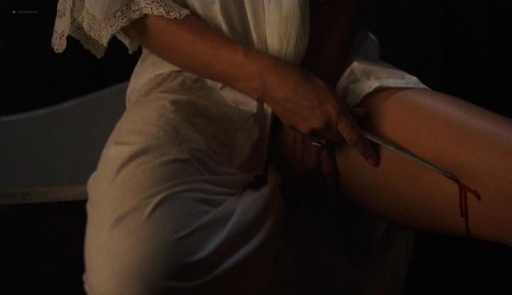 Elizabeth Hurley hot and sexy - Method (2004) (10)