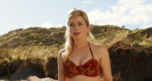 Rose McIver hot and sexy - Daffodils (2019) 1080p Web (16)