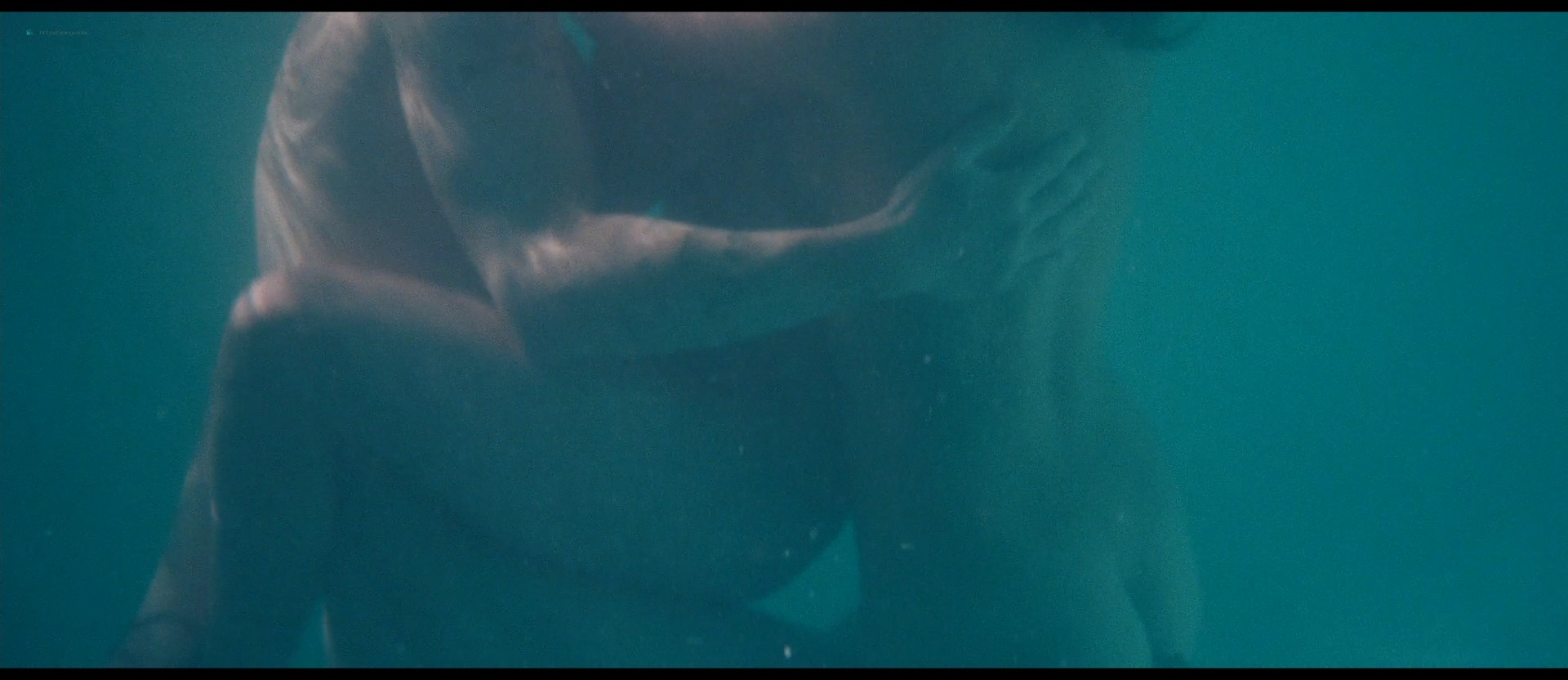 Ashley Benson nude skinny dipping others nude too - Spring Breakers (2012) HD 1080p BluRay (7)