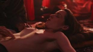 Camila dos Anjos nude topless Miá Mello and other sexy - A Vida Secreta dos Casais (2017) HD s2e5 720p