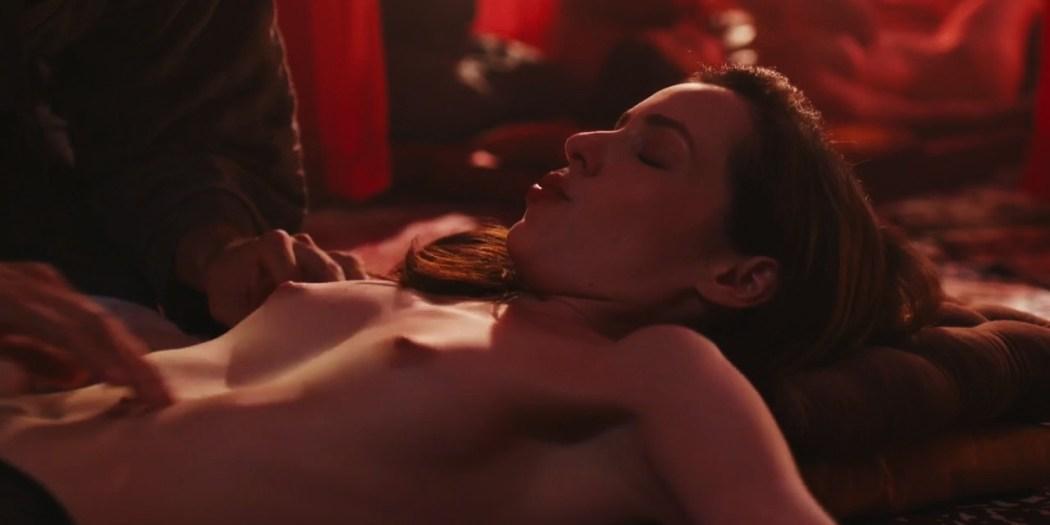 Camila dos Anjos nude topless Miá Mello and other sexy - A Vida Secreta dos Casais (2017) HD s2e5 720p (10)