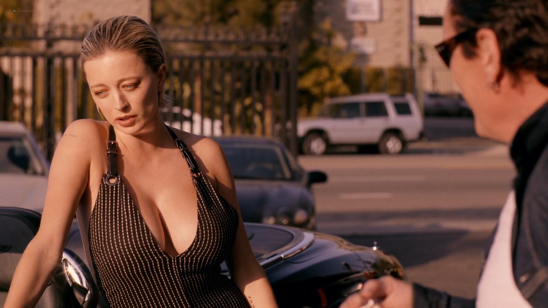 Caroline Vreeland busty see through Zoe Chait, Kenzie Dalton hot - Red Handed (2019) 1080p Web (20)