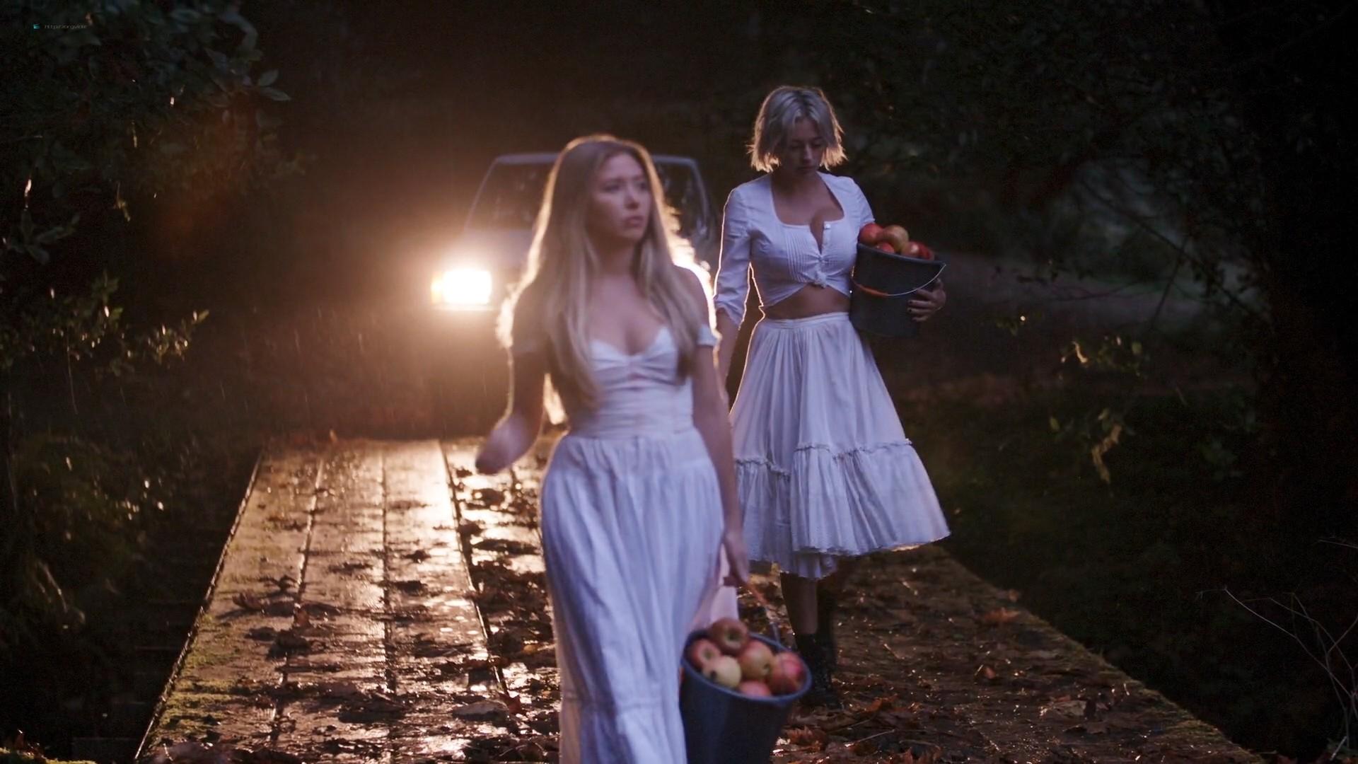Caroline Vreeland busty see through Zoe Chait, Kenzie Dalton hot - Red Handed (2019) 1080p Web (11)