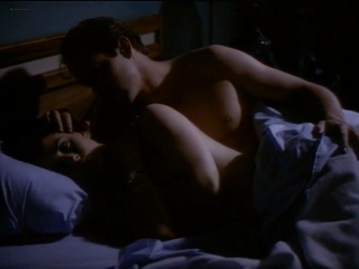 Courteney Cox nude nip slip and sex - Blue Desert (1991) (9)
