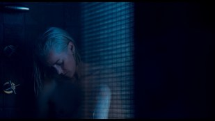 Jena Malone nude topless - Too Old to Die Young 2019) S1 1080p