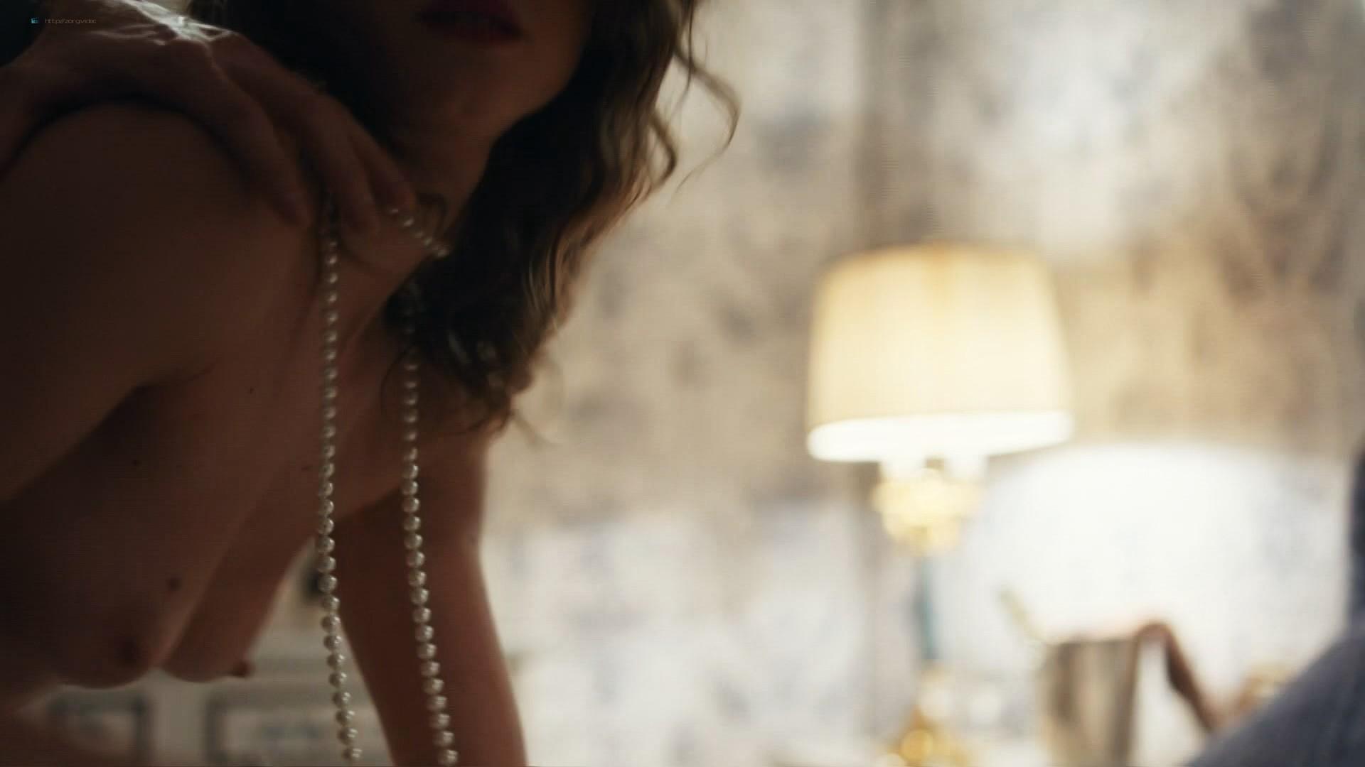 Jana Stojanovska nude sex Jovana Stojiljkovic and Marija Bergam sex - Black Sun (2017) s1e9-10 HD 1080p (4)