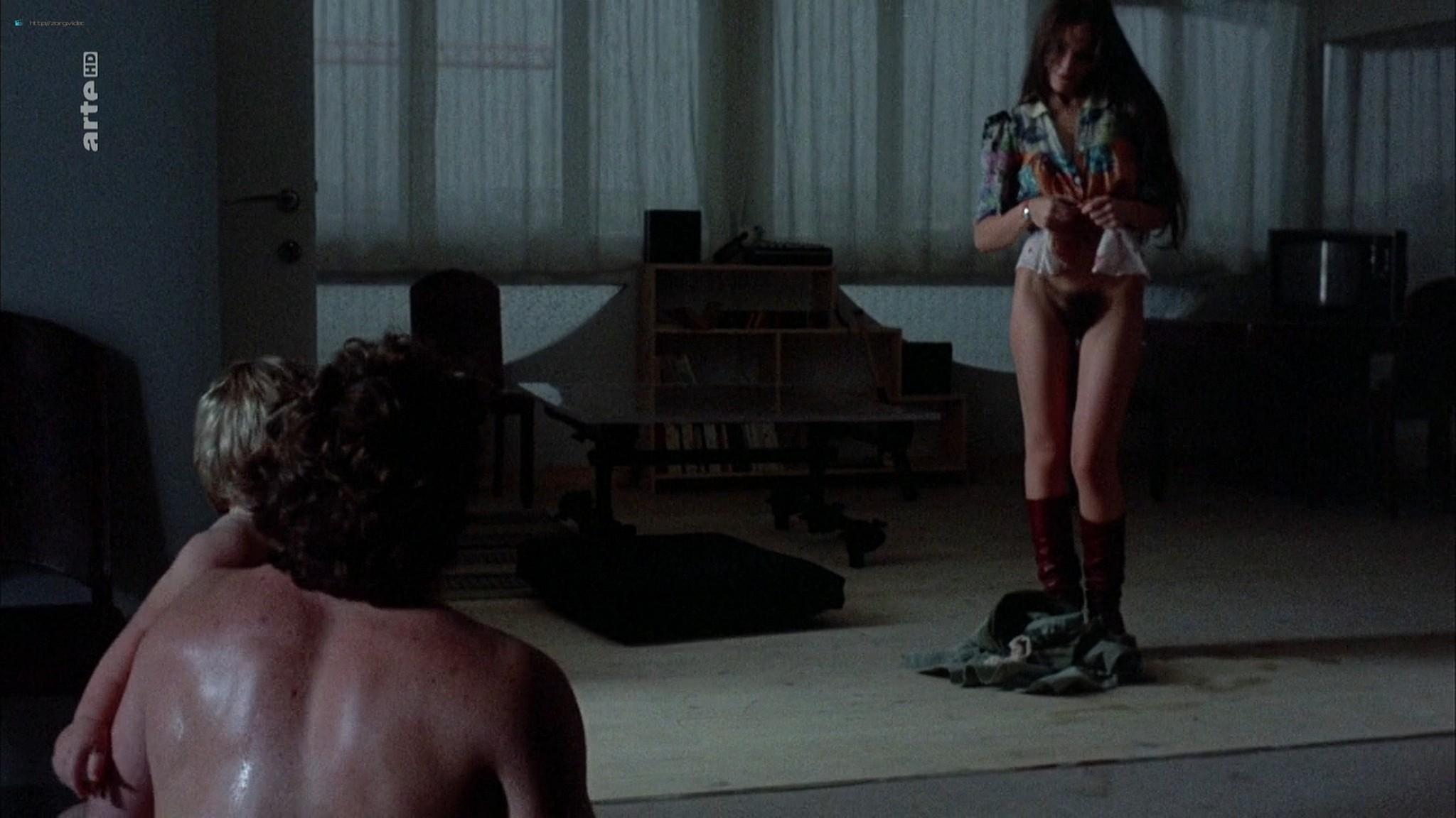 Ornella Muti nude full frontal - La dernière femme (1976) HDTV 1080p (16)
