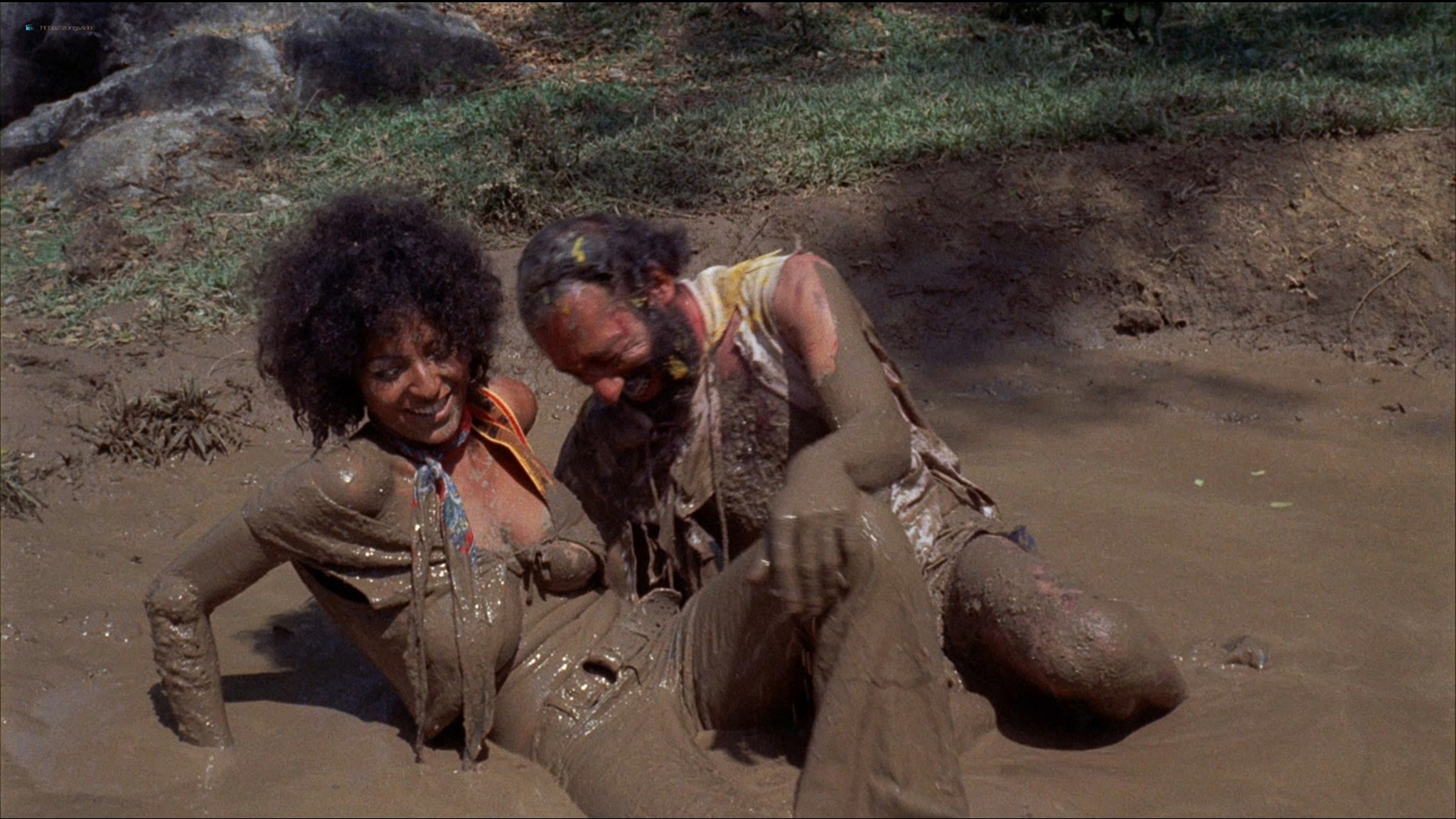 Pam Grier nude Anita Ford nude bush, others nude - The Big Bird Cage (1972) HD 1080p BluRay(r) (15)