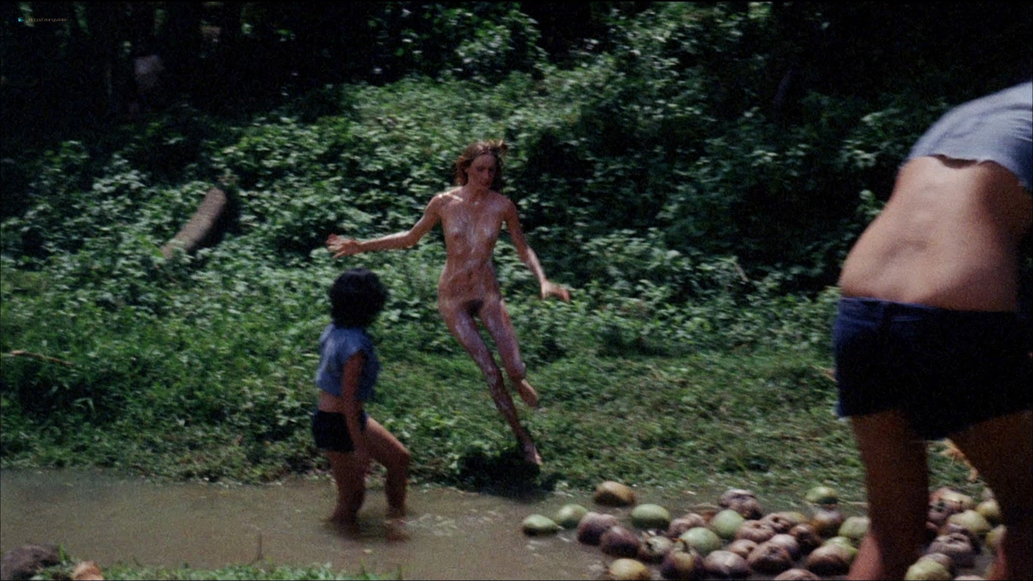 Pam Grier nude Anita Ford nude bush, others nude - The Big Bird Cage (1972) HD 1080p BluRay(r) (3)