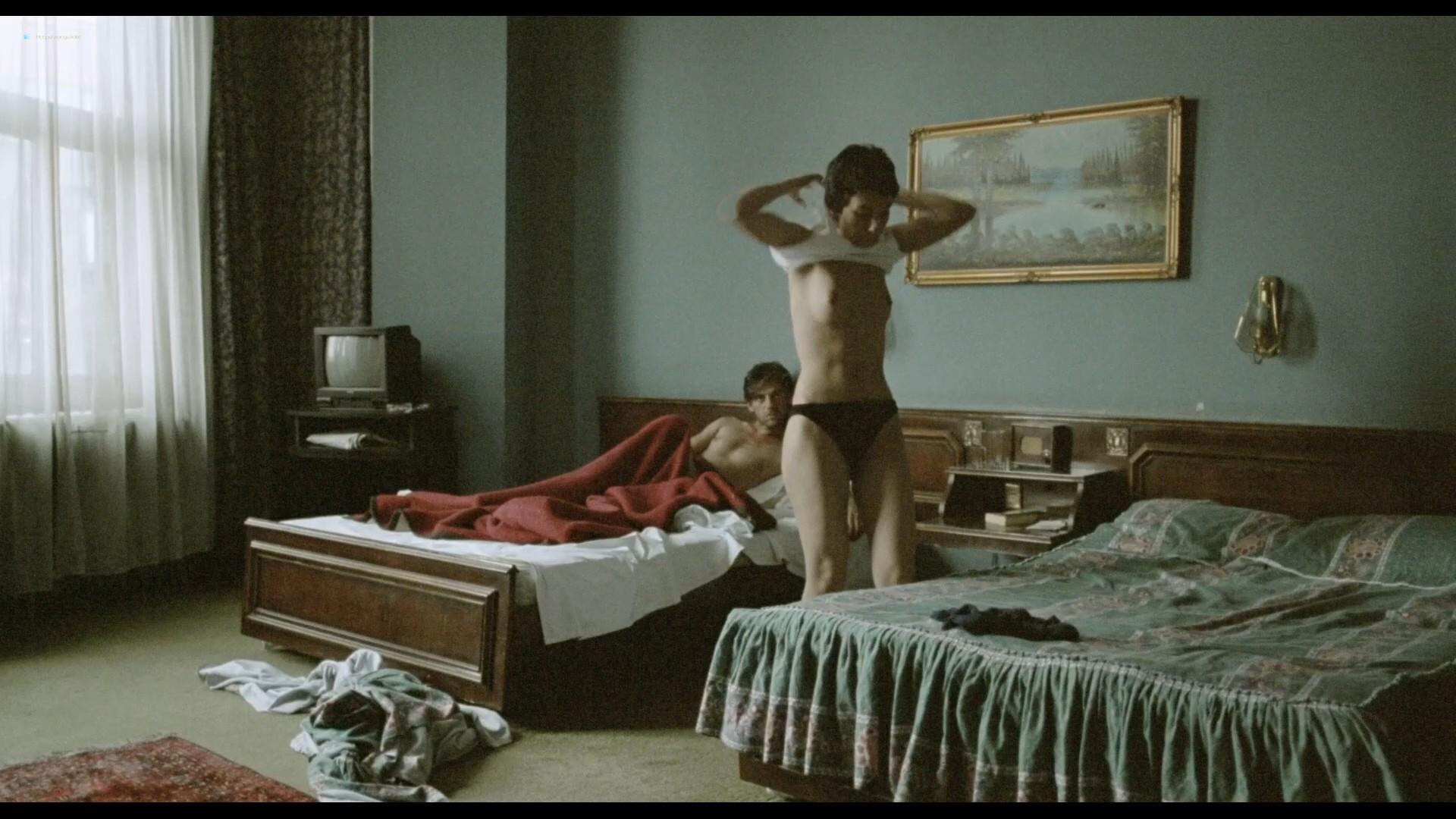 Sibel Kekilli nude full frontal and sex Catrin Striebeck nude - Head-On (2004) HD 1080p BluRay (r) (5)