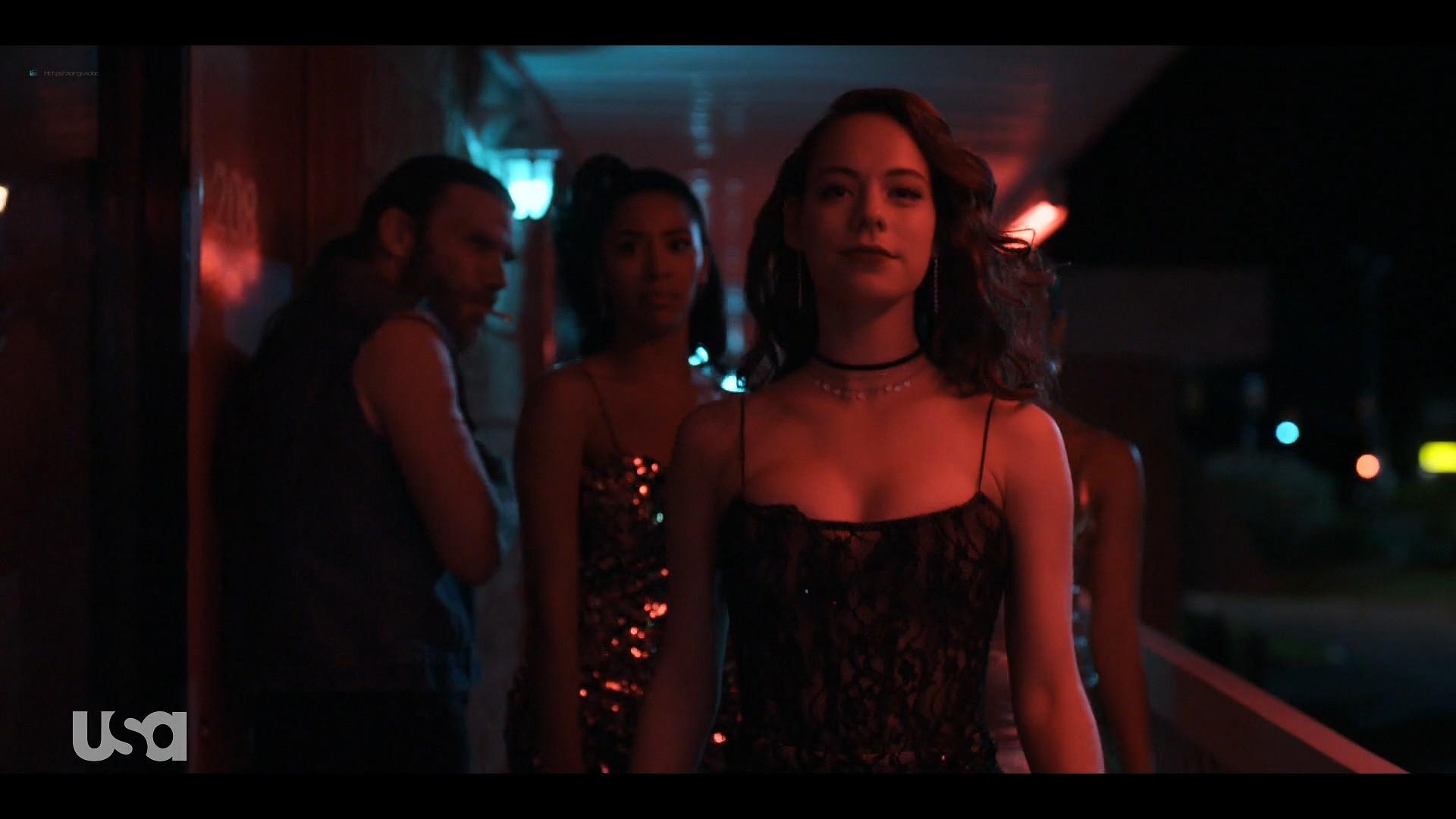 Willa Fitzgerald hot in lingerie Marlo Kelly, Herizen F. Guardiola sexy - Dare Me (2019) s1e4 HD 1080p (9)