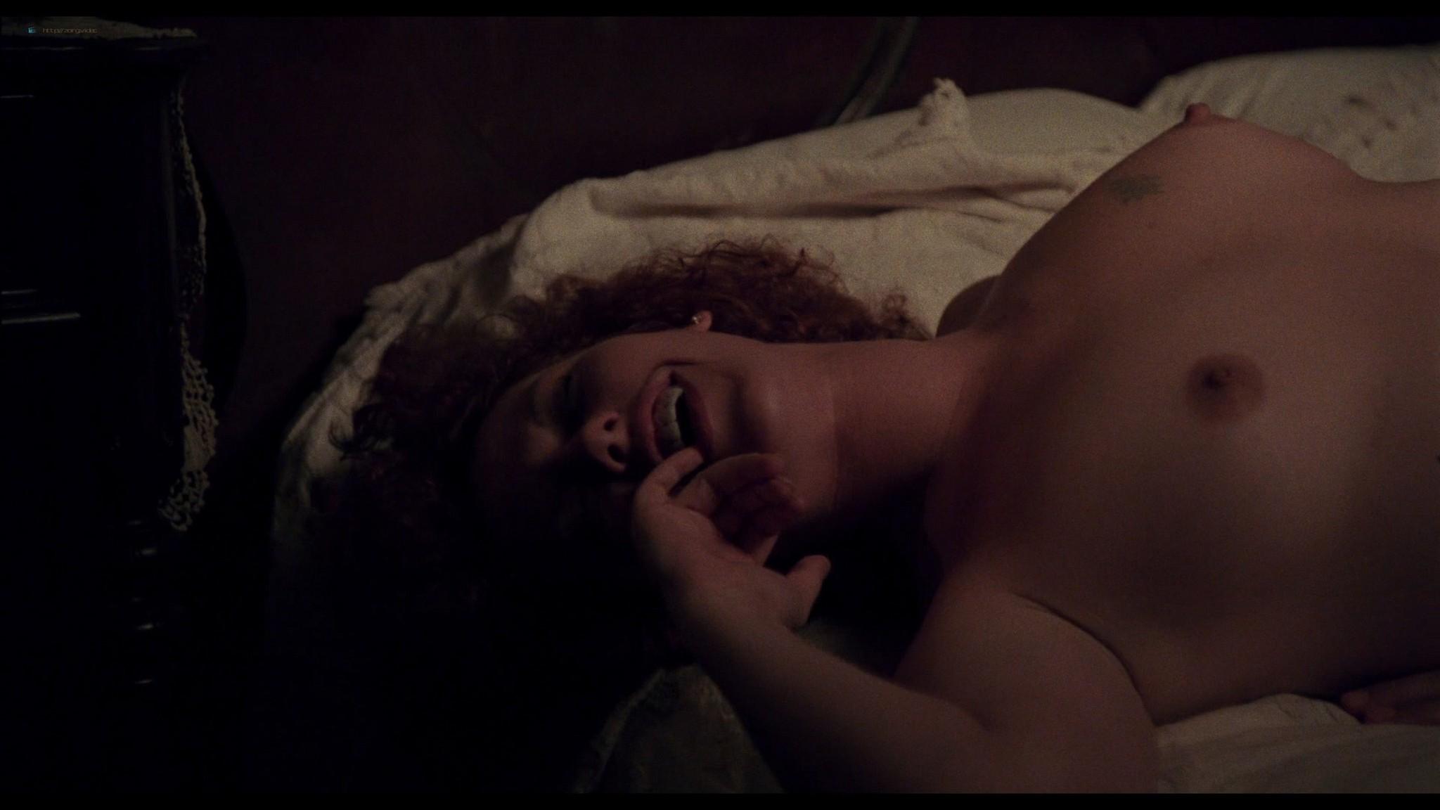 Jennifer Delora nude hot sex - Deadly Manor (1990) HD 1080p BluRay (5)