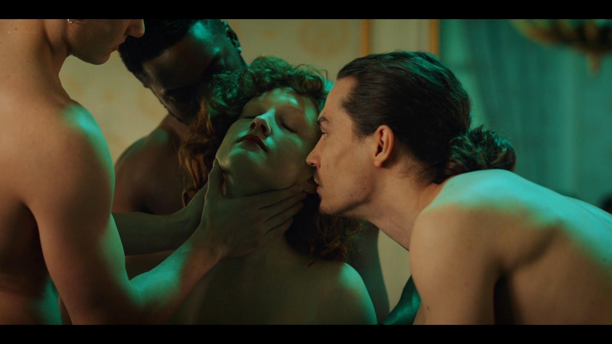 Anne-Laure Vandeputte nude topless Nienke van Hofslot nude sex etc - Women of the Night (2019) s1e7-10 HD 1080p (13)