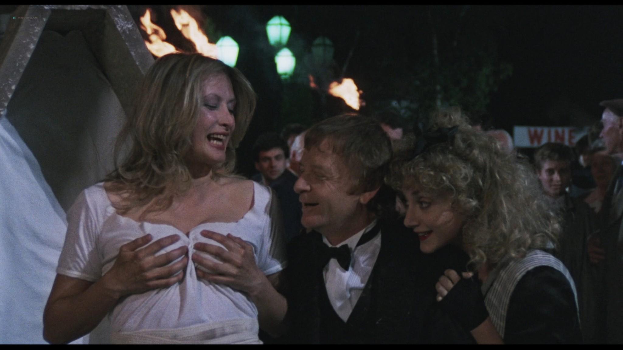 Geena Davis hot and sexy Ksenia Prohaska sexy - Transylvania 6-5000 (1985) HD 1080p BluRay (2)