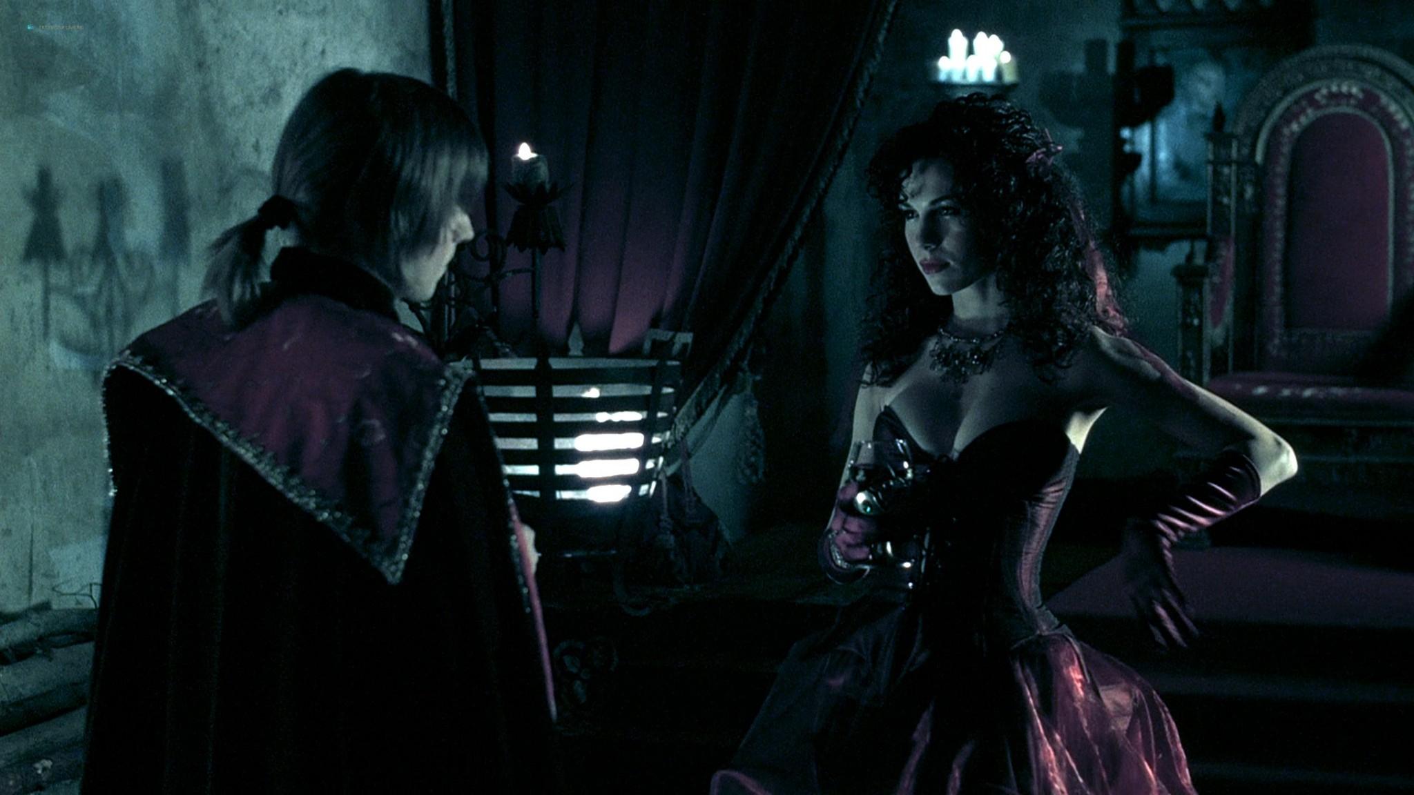 Jennifer Lyons hot Simon Petric, Desiree Malonga and others nude - Transylmania (2009) HD 1080p BluRay (r) (18)