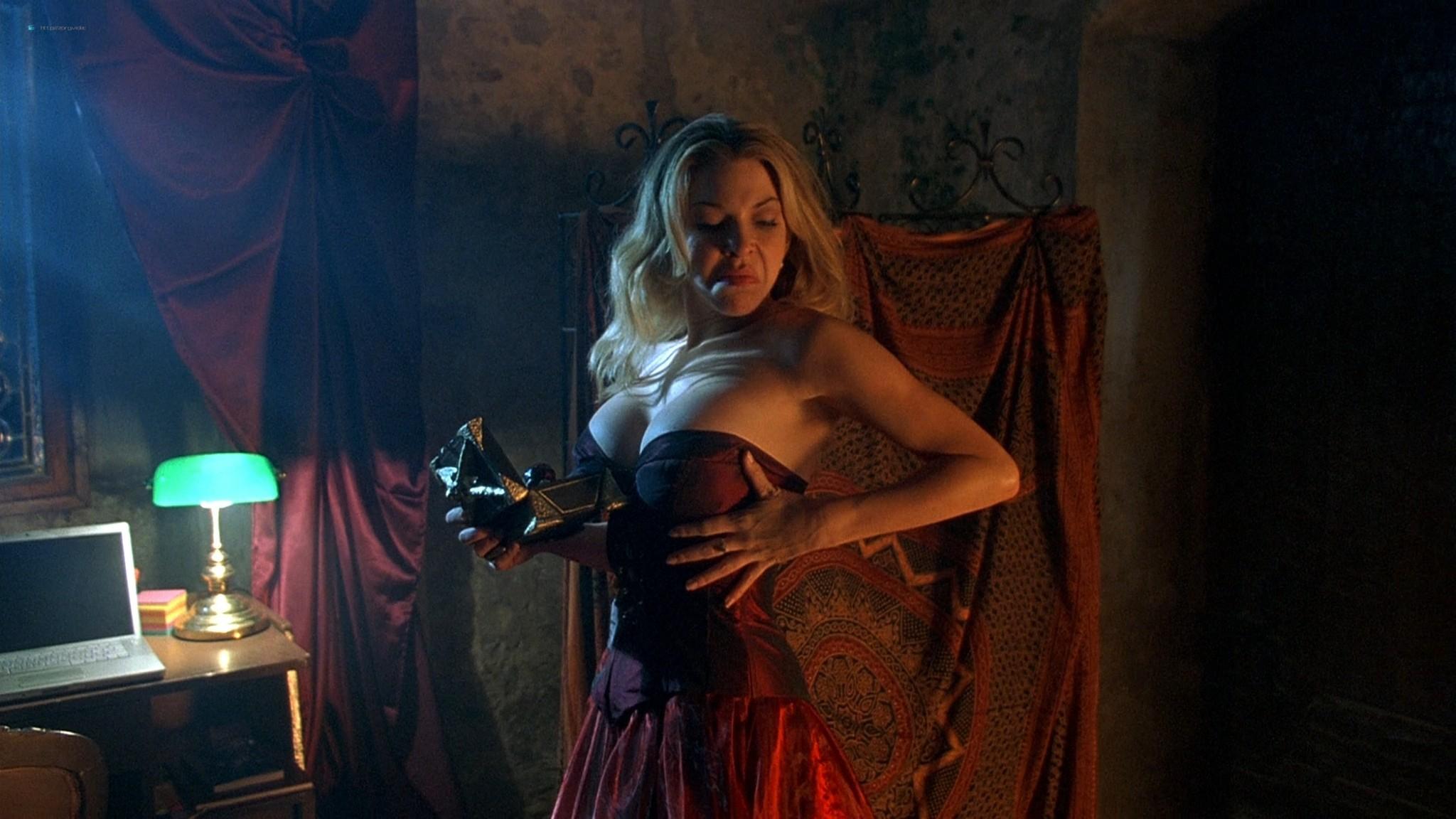 Jennifer Lyons hot Simon Petric, Desiree Malonga and others nude - Transylmania (2009) HD 1080p BluRay (r) (11)