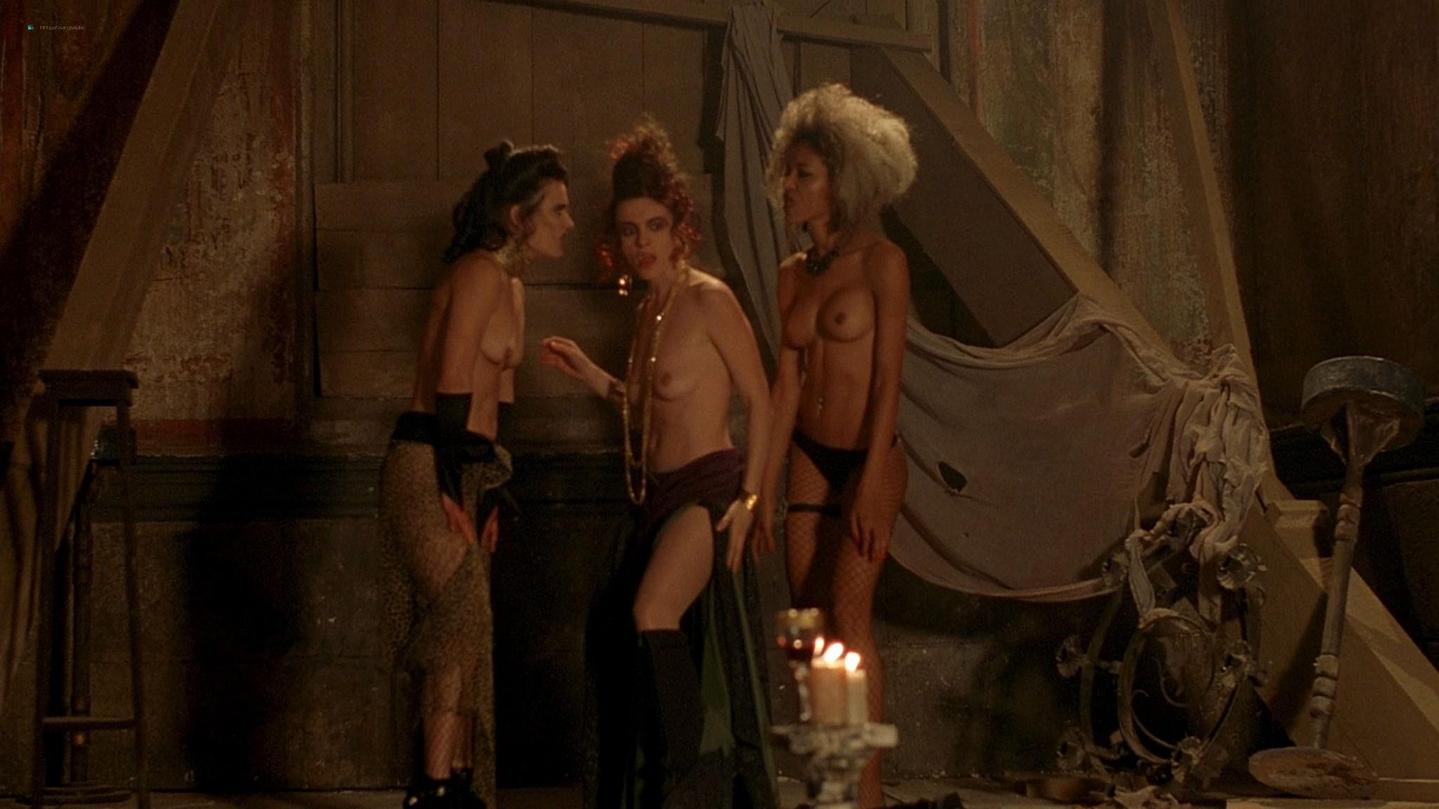 Jennifer Lyons hot Simon Petric, Desiree Malonga and others nude - Transylmania (2009) HD 1080p BluRay (r) (5)