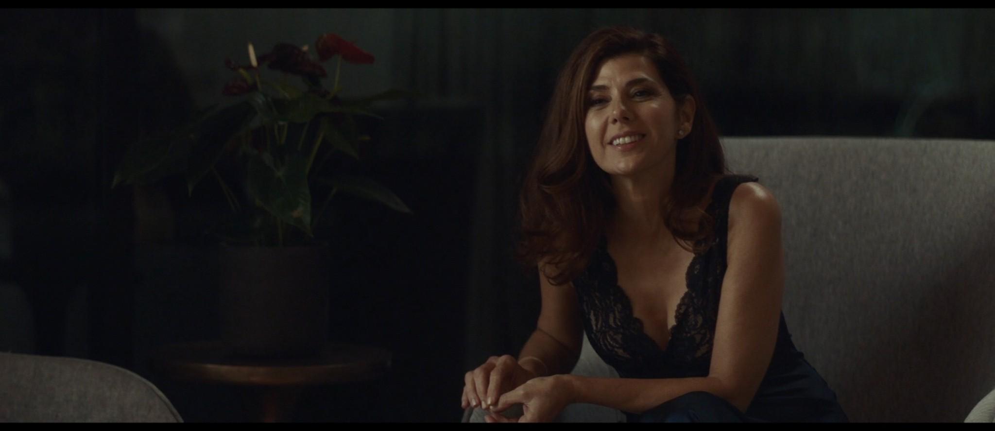 Maya Hawke nude niople and mild sex Marisa Tomei sexy - Human Capital (2019) HD 1080p (16)