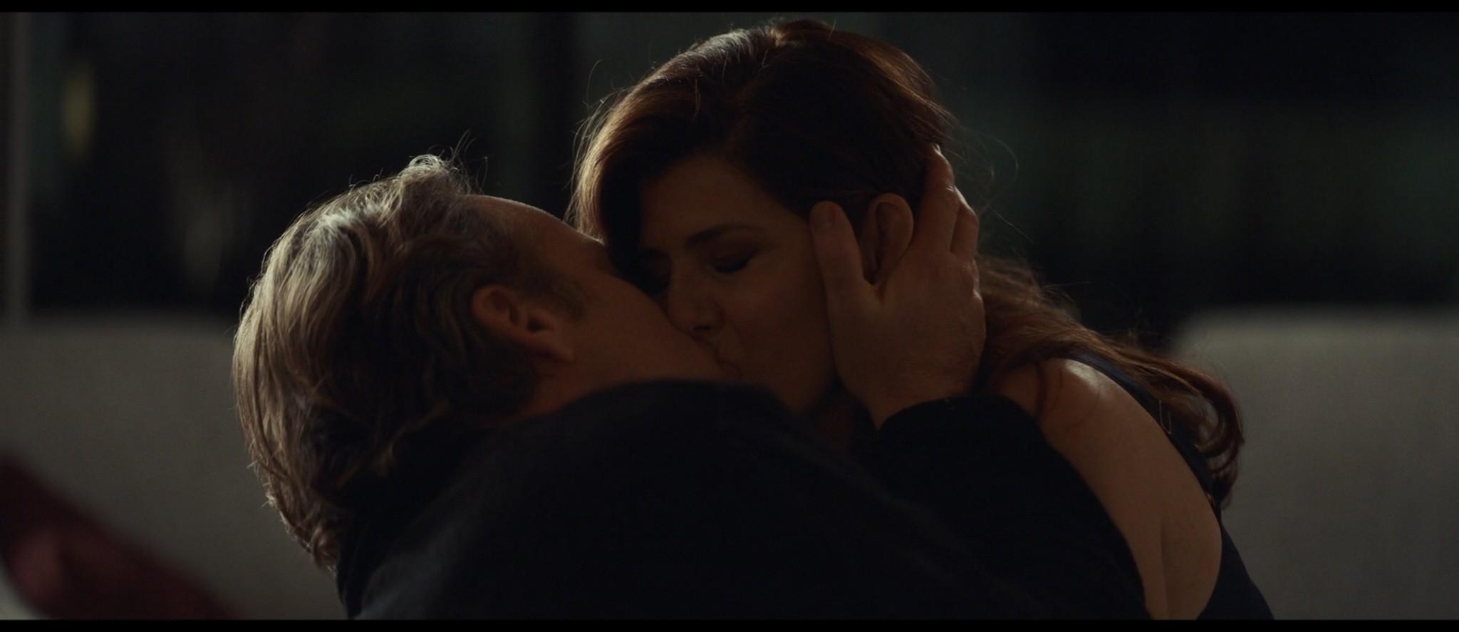 Maya Hawke nude niople and mild sex Marisa Tomei sexy - Human Capital (2019) HD 1080p (14)