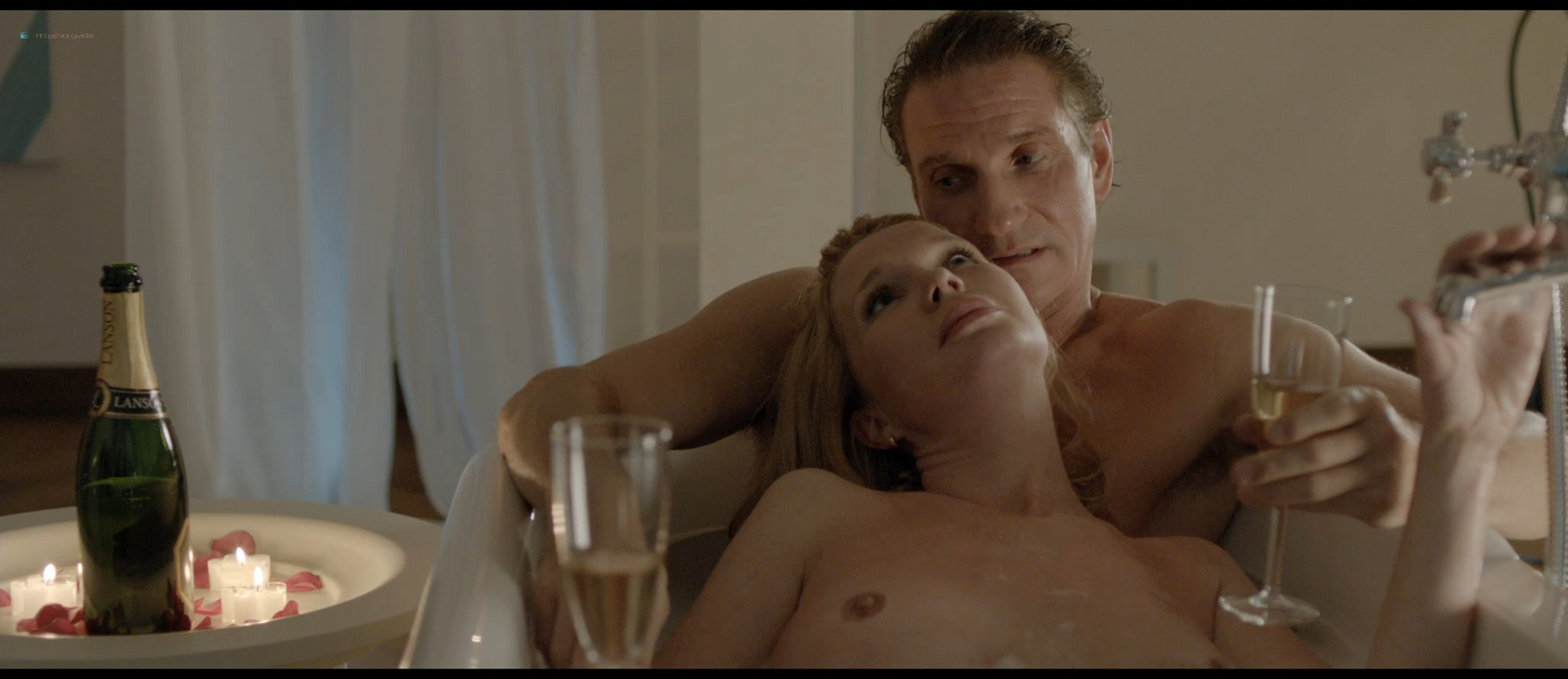 Tjitske Reidinga nude and some sex - De verbouwing (2012) HD 1080p BluRay (4)