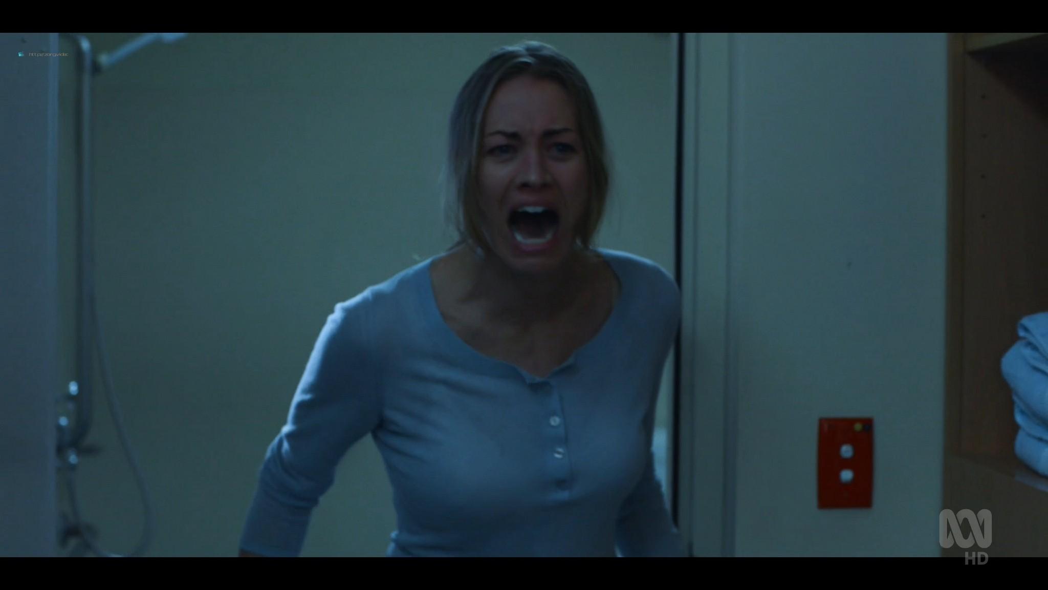 Yvonne Strahovski hot and sexy - Stateless (2020) s1e2 HD 1080p WEB (9)